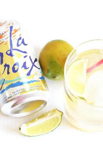 Skinny Coconut Margarita - La Croix Cocktail - Easy Summer Cocktail - Margarita Recipe - Easy Margarita Recipe - Coconut Margarita - Skinny Cocktail - Low Calorie Cocktail Recipe - Communikait by Kait Hanson