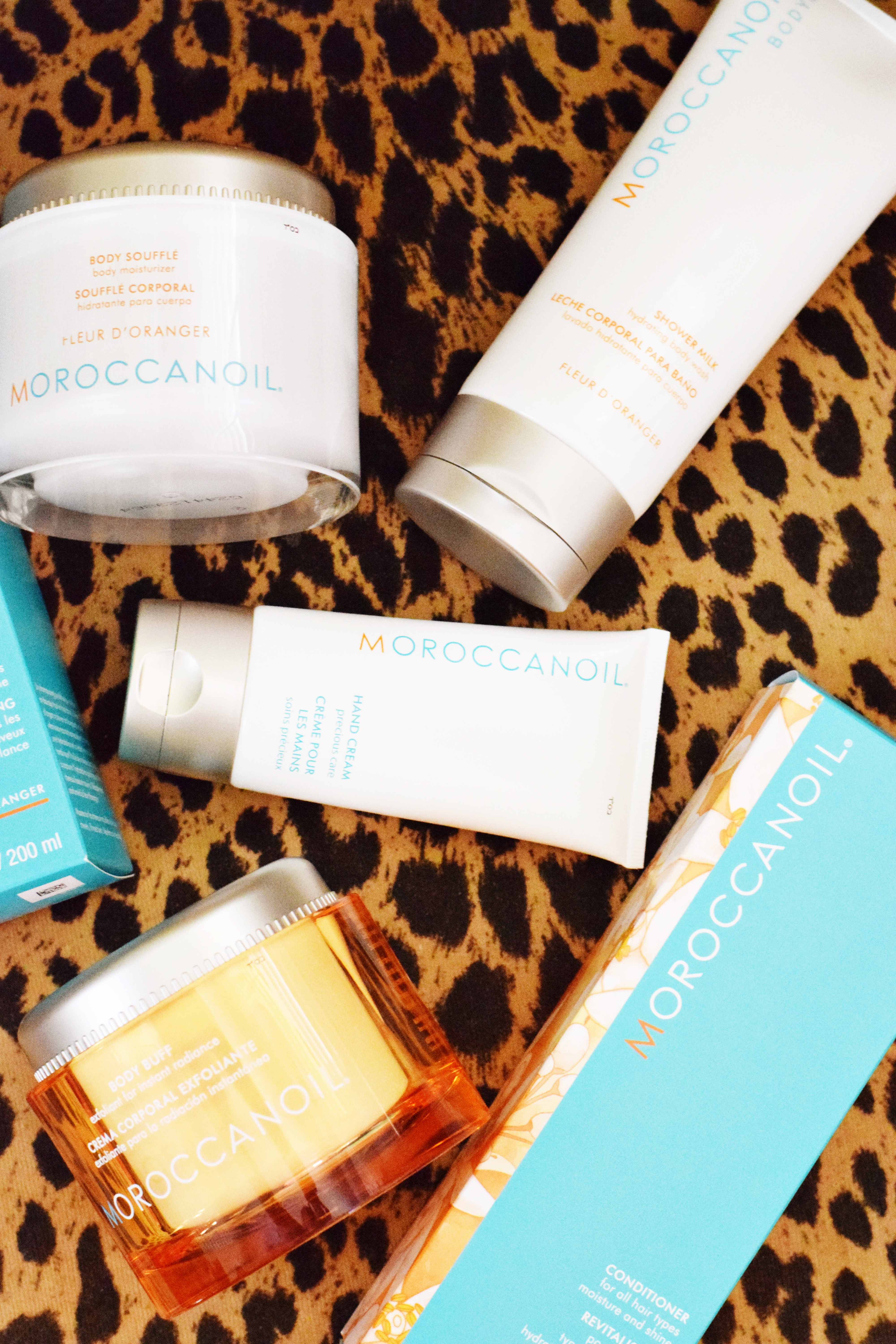 Summer Beauty With Moroccanoil