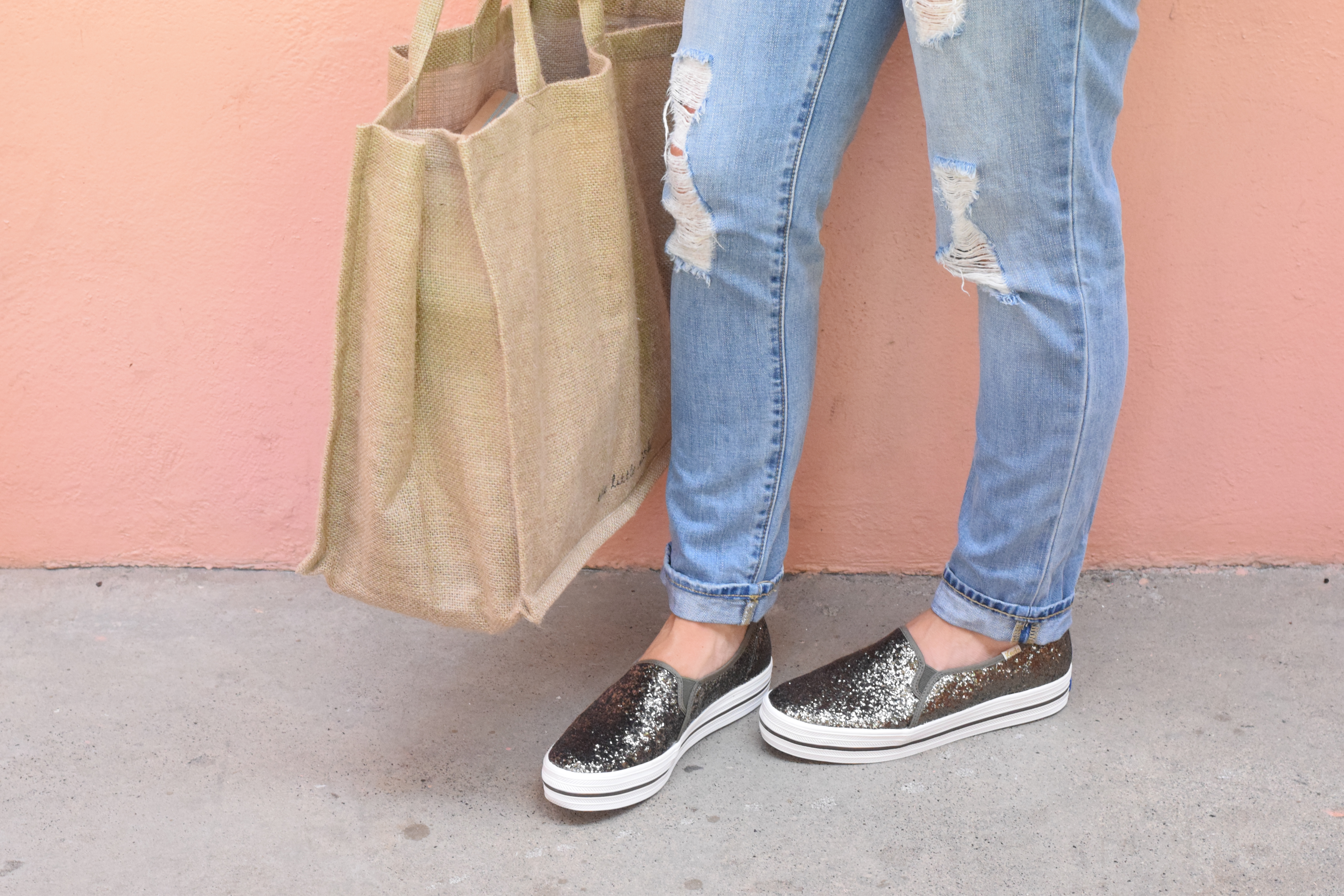 KEDS Triple Decker Glitter - The perfect slip-on sneaker to take you from the gym to errands, a casual day out and beyond! - kate spade new york x KEDS - Sparkle Slip On Sneaker - KEDS shoes - Style - Fashion - Communikait
