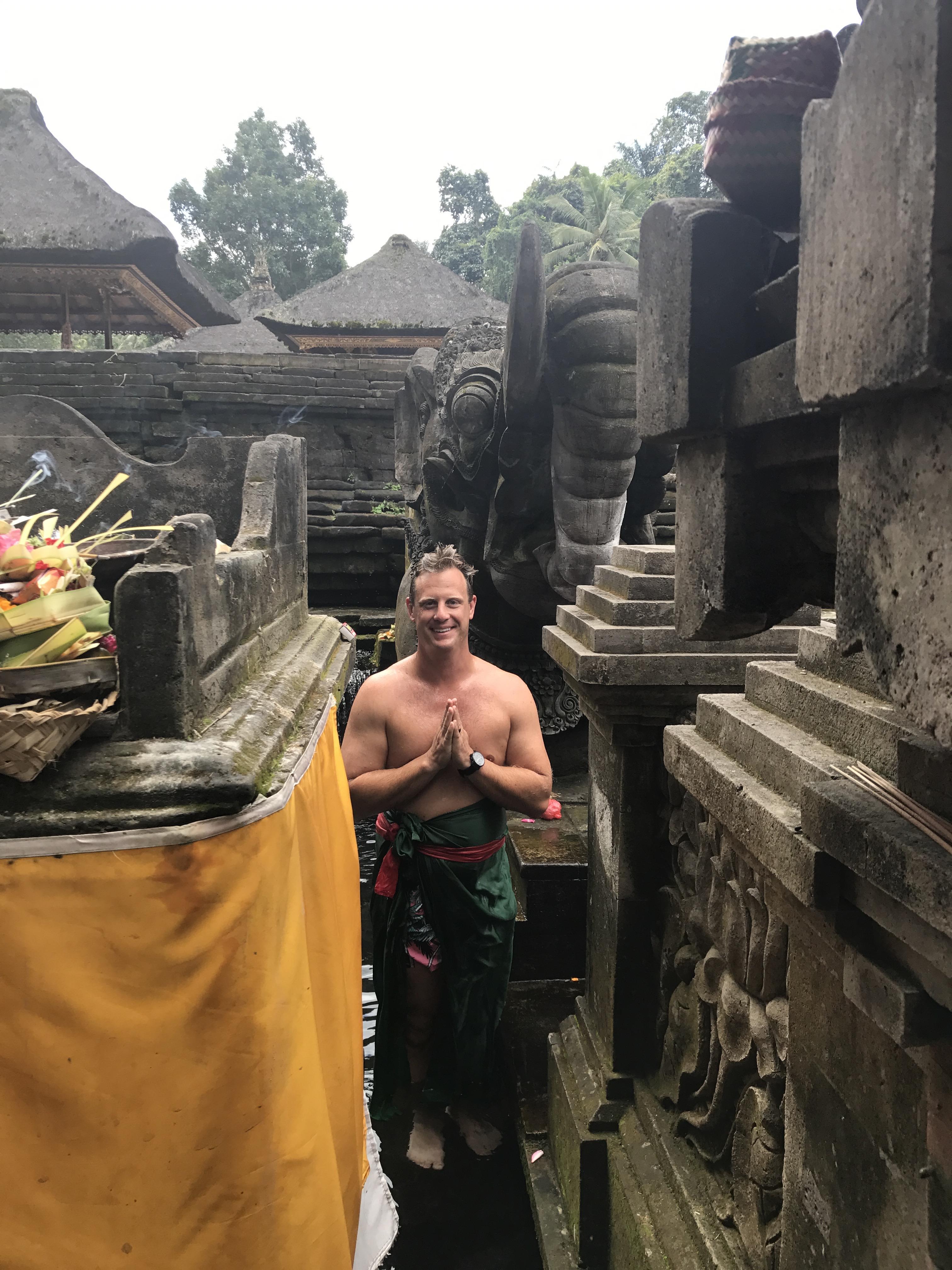 Tirta Empul Temple - Ubud, Bali, Indonesia - Our Bali Trip - Communikait