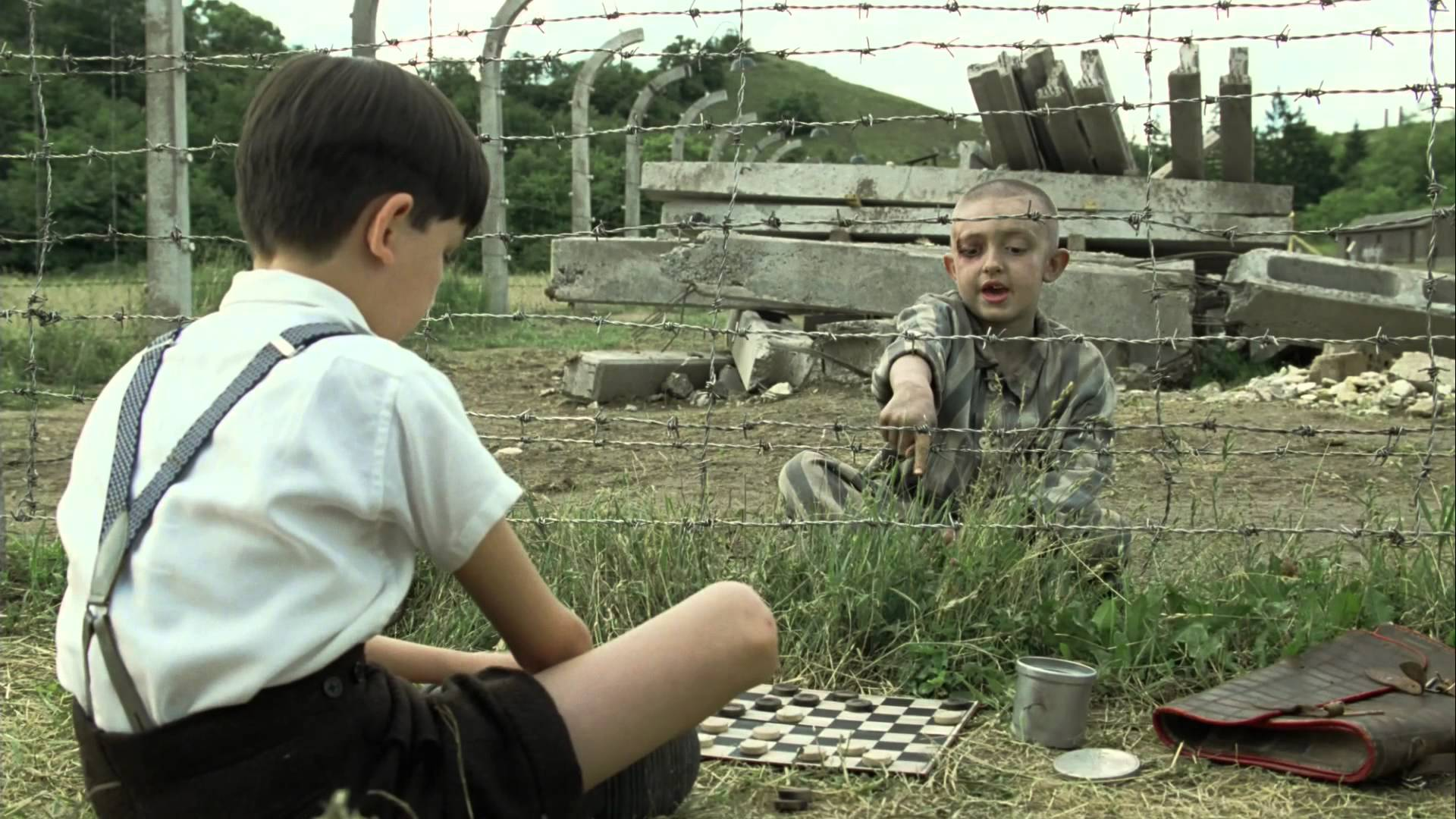 The Boy In The Striped Pajamas - My Favorite Historical Movies - Communikait