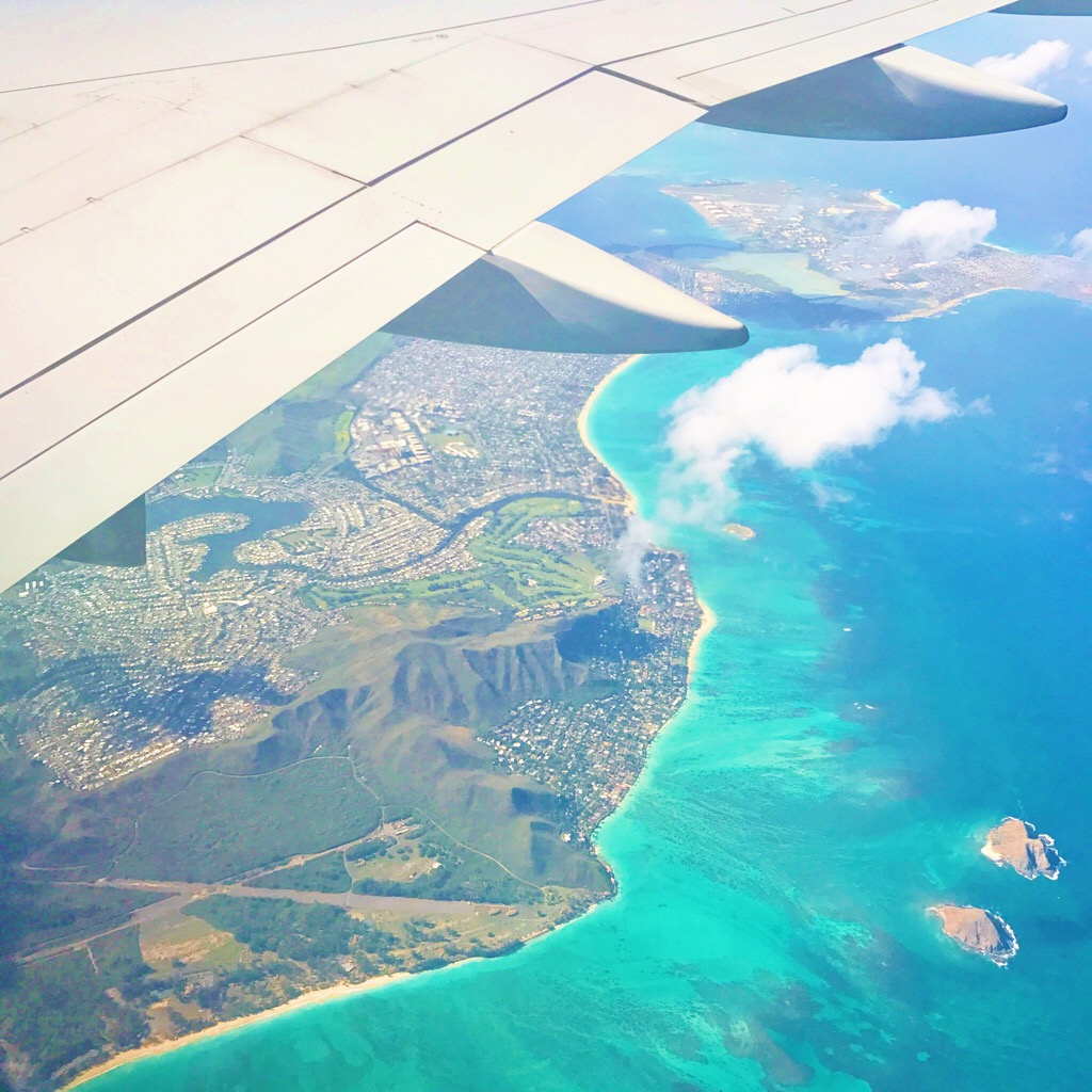 Honolulu Arrival - Flight To Hawaii - Oahu View From Above - Communikait by Kait Hanson