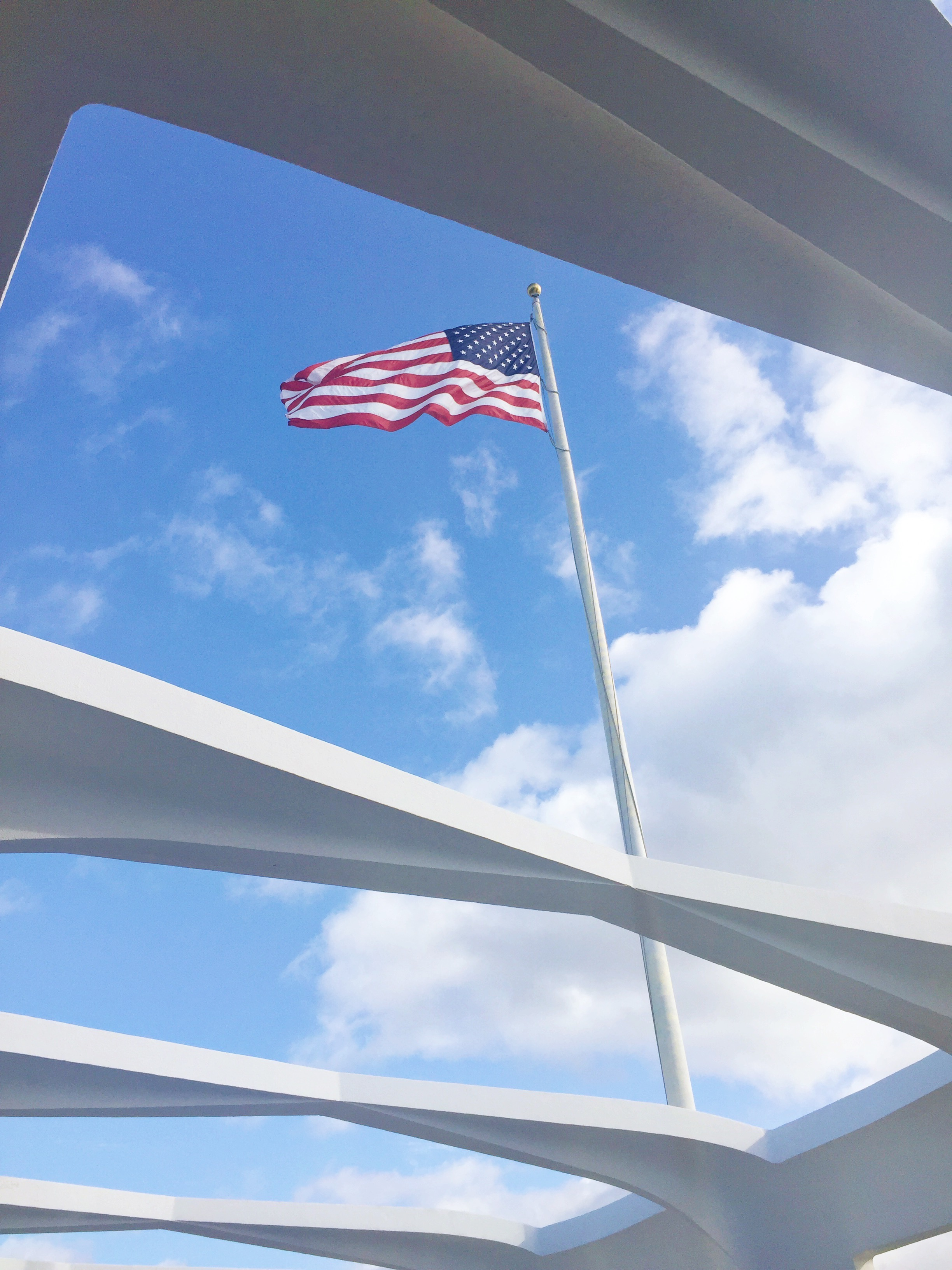 Pearl Harbor Memorial - USS Arizona - The Ultimate Hawaii Guide For Military Families - Hawaii Guide - Hawaii Must Do - Hawaii Itinerary - Oahu Itinerary - Maui - Kauai - Big Island Hawaii - Communikait by Kait Hanson