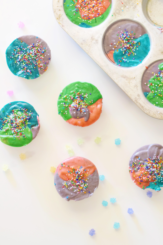 Dairy Free Rainbow Mini Cheesecakes - Rainbow Cake - Easy Mini Cheesecake Recipe - Dairy Free Mini Cheesecake Idea - Dairy Free Dessert - Easy Dairy Free Recipe - Unicorn Recipe - Cheesecake Bites - Communikait by Kait Hanson