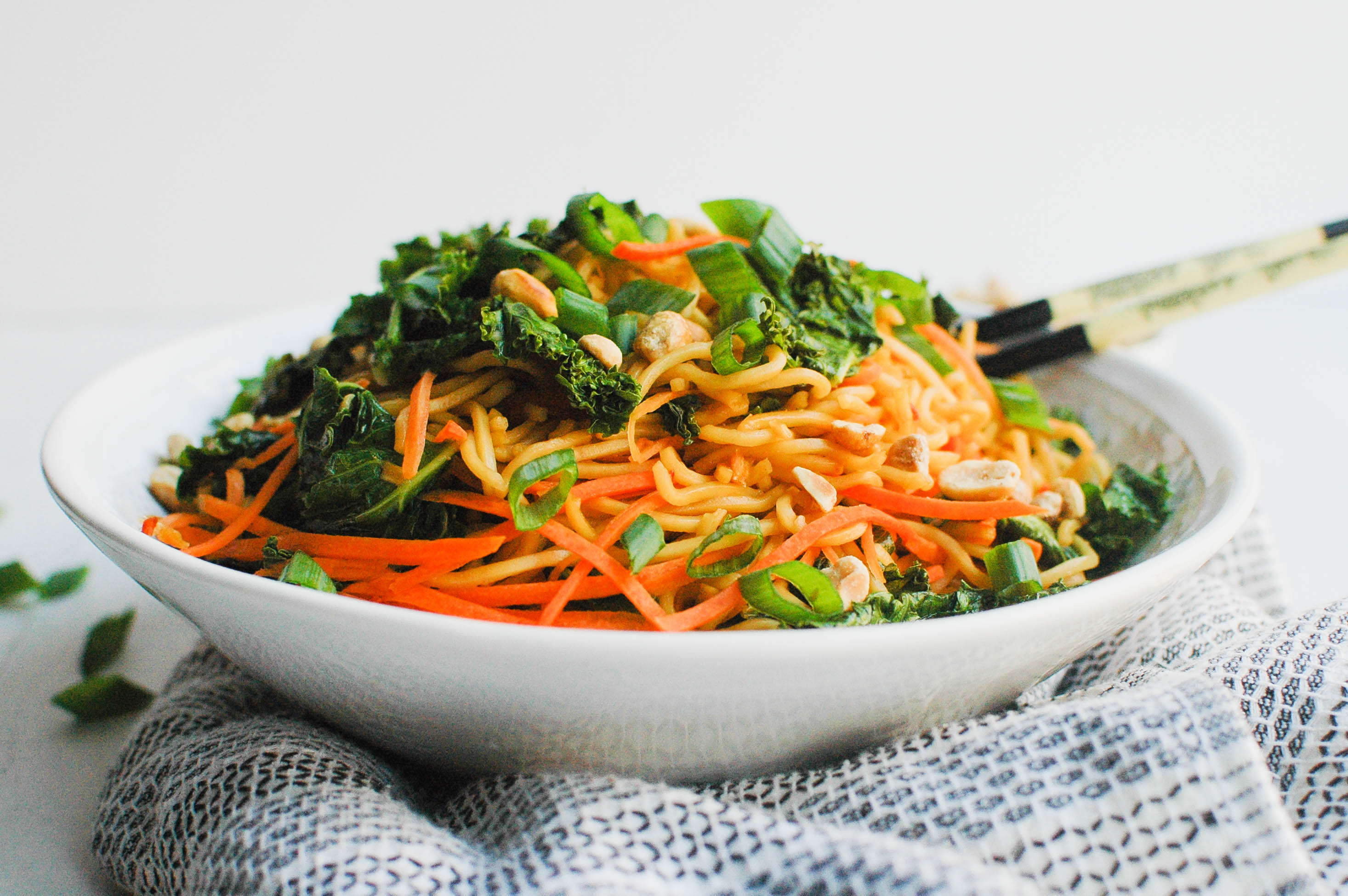 Spicy Kale Soba Noodle Bowl - Vegetarian Recipe - Meal Planning Ideas - Vegetarian Meal Prep - Dinner Idea - Communikait by Kait Hanson