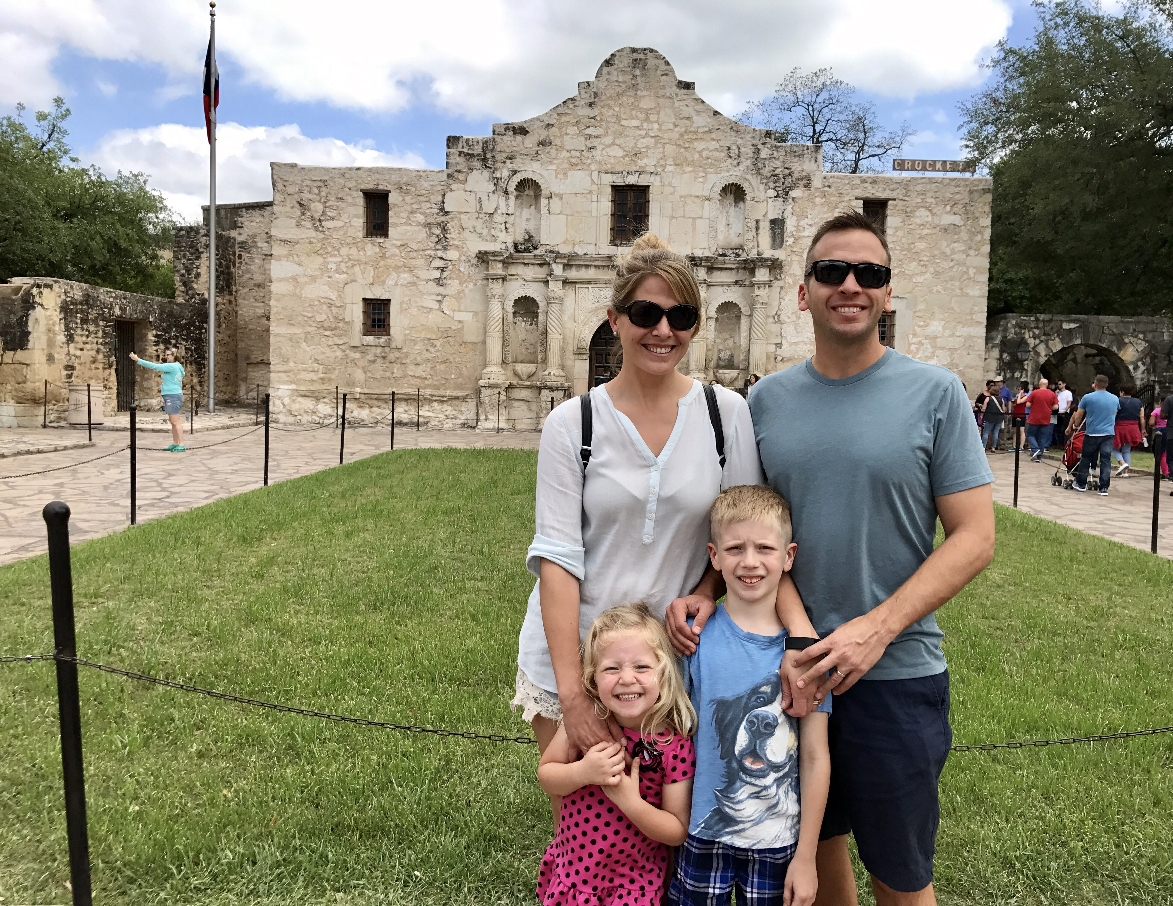 The Alamo - The Ultimate Long Weekend Guide to San Antonio - Communikait by Kait Hanson
