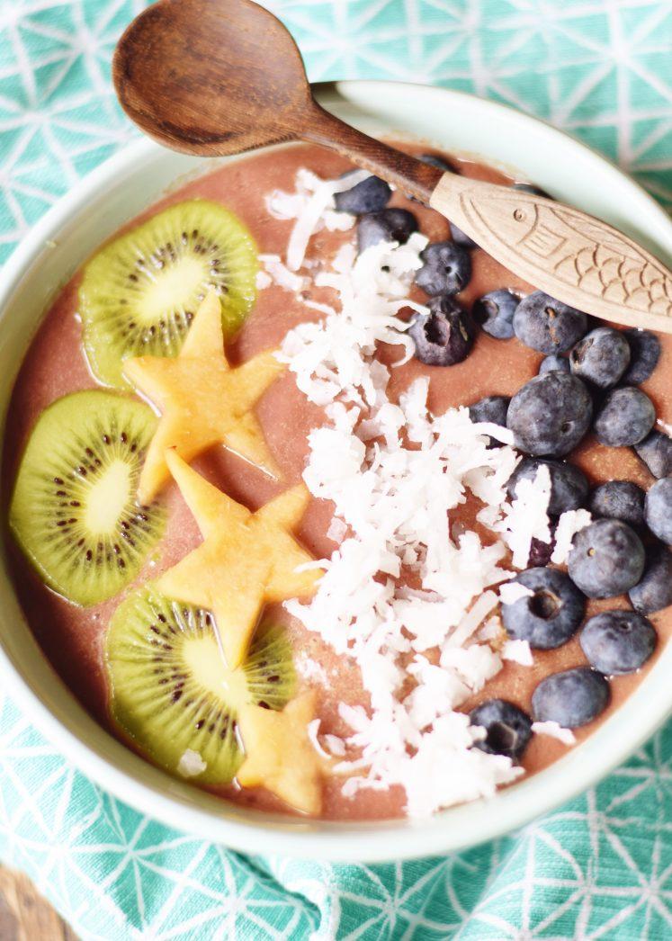 Easy Pineapple Acai Bowl Recipe