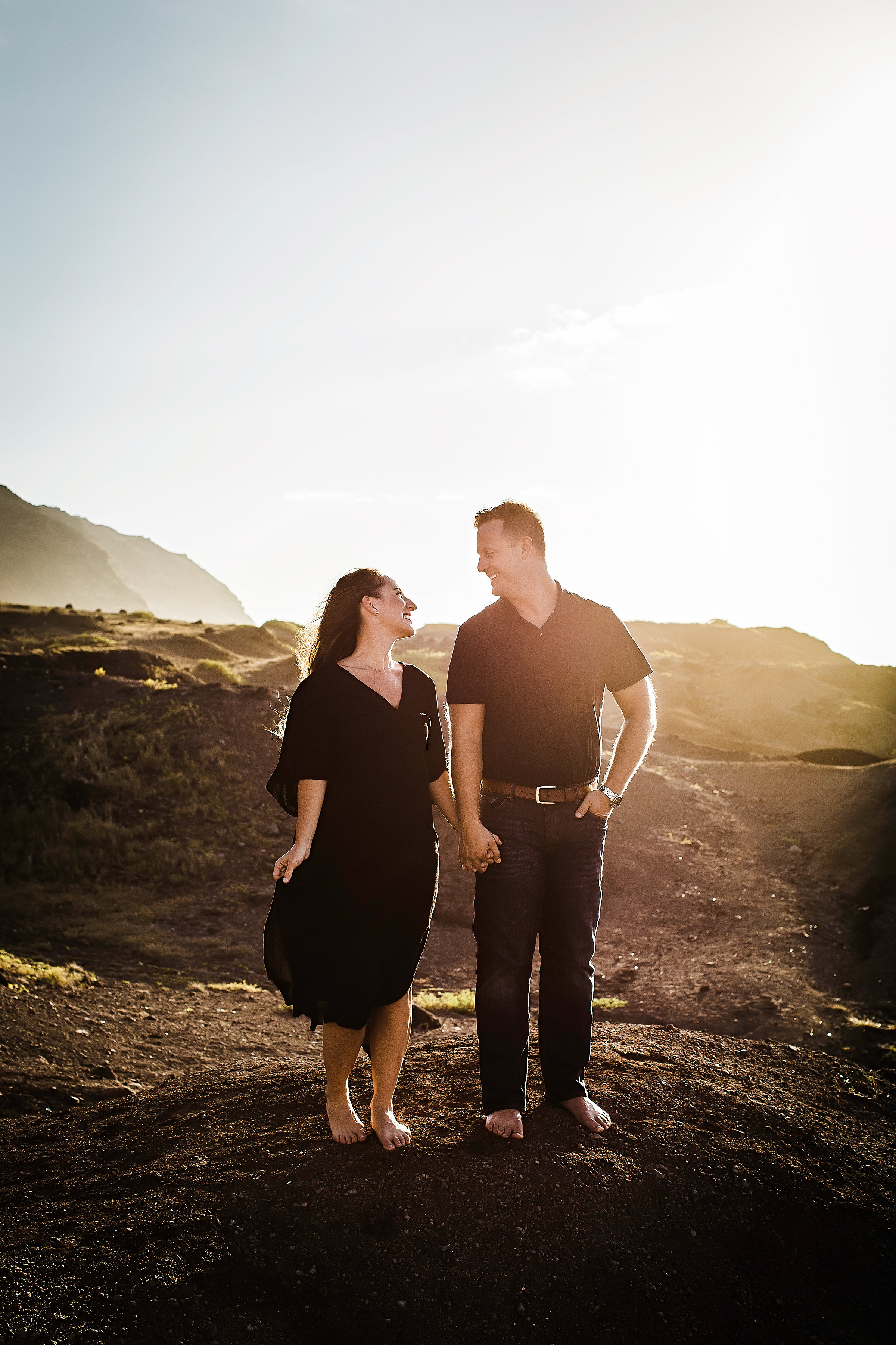 Our Hawaii Sunset Photo Session - Couples Beach Photography - Hawaii Photo Session - Family Beach Photos - Photo Pose Ideas - Couples Photoshoot - Couple Poses - Careena Tipoti Photography - Communikait by Kait Hanson #hawaii #photography #couplephotoshoot #familyphotos #oahu