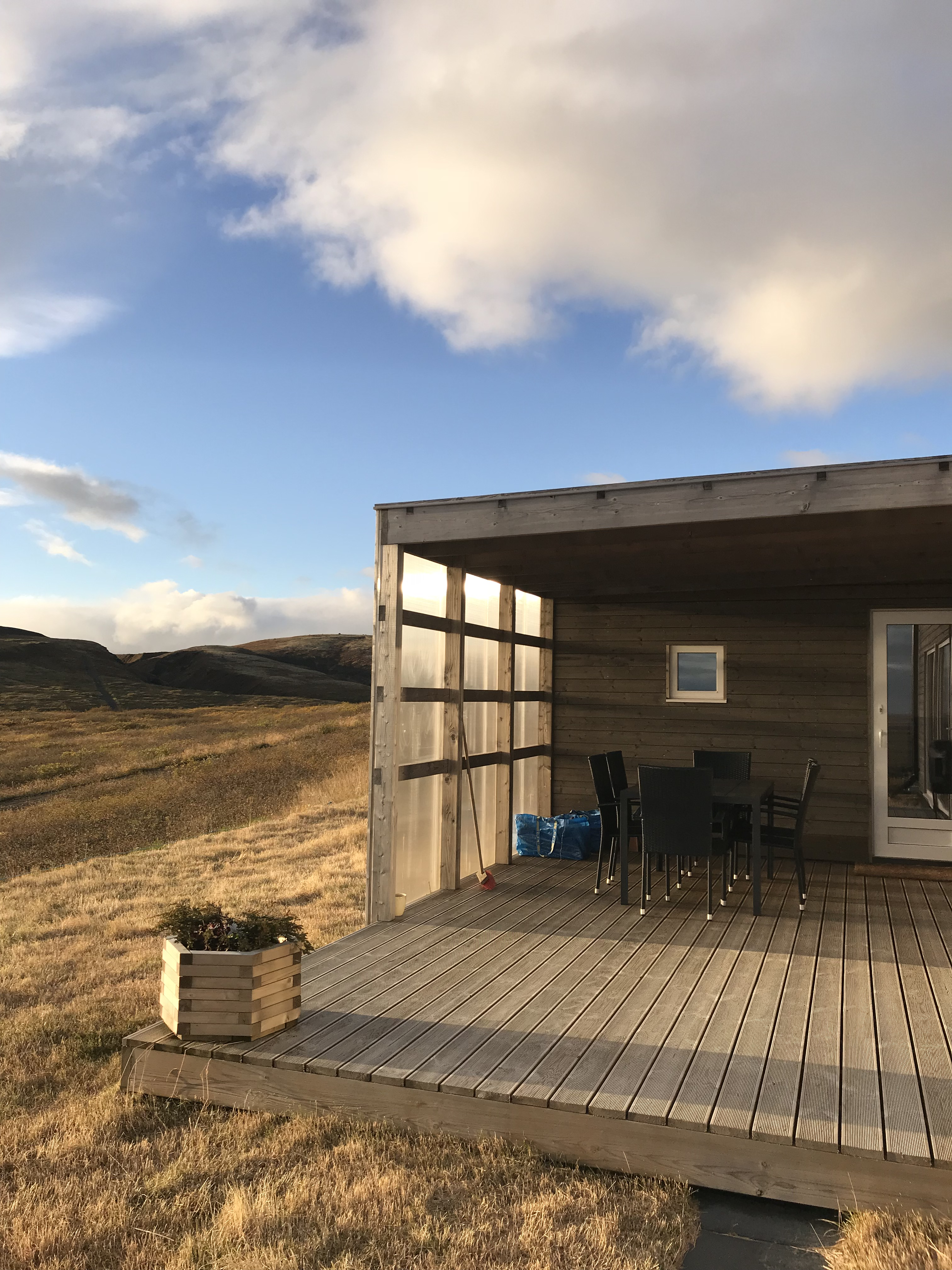 3 Days In Southeast Iceland - Vik Iceland - Iceland Itinerary - Planning A Trip To Iceland - Must See In Iceland - Iceland Travel Blog - What to see In Vik - Glacier Lagoon - Skogafoss Waterfall - Diamond Beach - Black Sand Beach - Glacier - Iceland Trip - Communikait by Kait Hanson #iceland #vik #travel