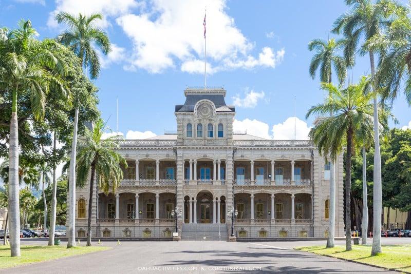 Oahu vs. The Big Island - Big Island or Oahu - Oahu vs The Big Island - Which Hawaii Island To Visit - Which Island Is The Big Island In Hawaii - Which Islands To Go To In Hawaii - Hawaii Which Island - Oahu Vacation - Hawaii Vacation - Hawaii Travel Tips - Trip to Hawaii #hawaii #oahu #travel #hawaiitravelblog - Waikiki Beach, Honolulu, Oahu, Hawaii.. - Iolani Palace in downtown Honolulu, Hawaii