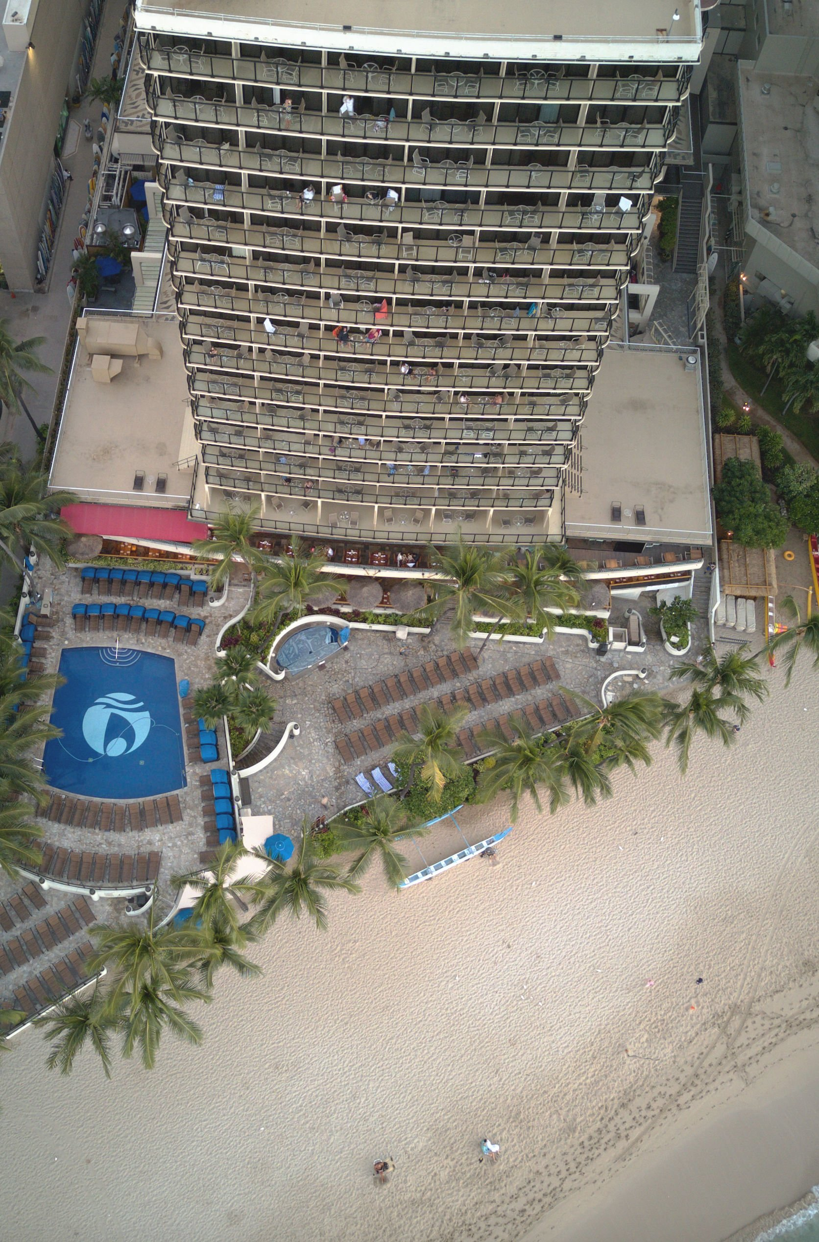 Our Stay At Outrigger Waikiki Beach Resort | Outrigger Waikiki On The Beach - Outrigger Waikiki - Outrigger Waikiki Beach Resort - Outrigger Reef Waikiki - Outrigger Hotel Review - Waikiki Hotels - Waikiki Beach Hotels - Hawaii Vacation Planning - Where to stay on Oahu - Where to stay in Honolulu - Honolulu Vacation #hawaii #oahu #outriggerwaikiki