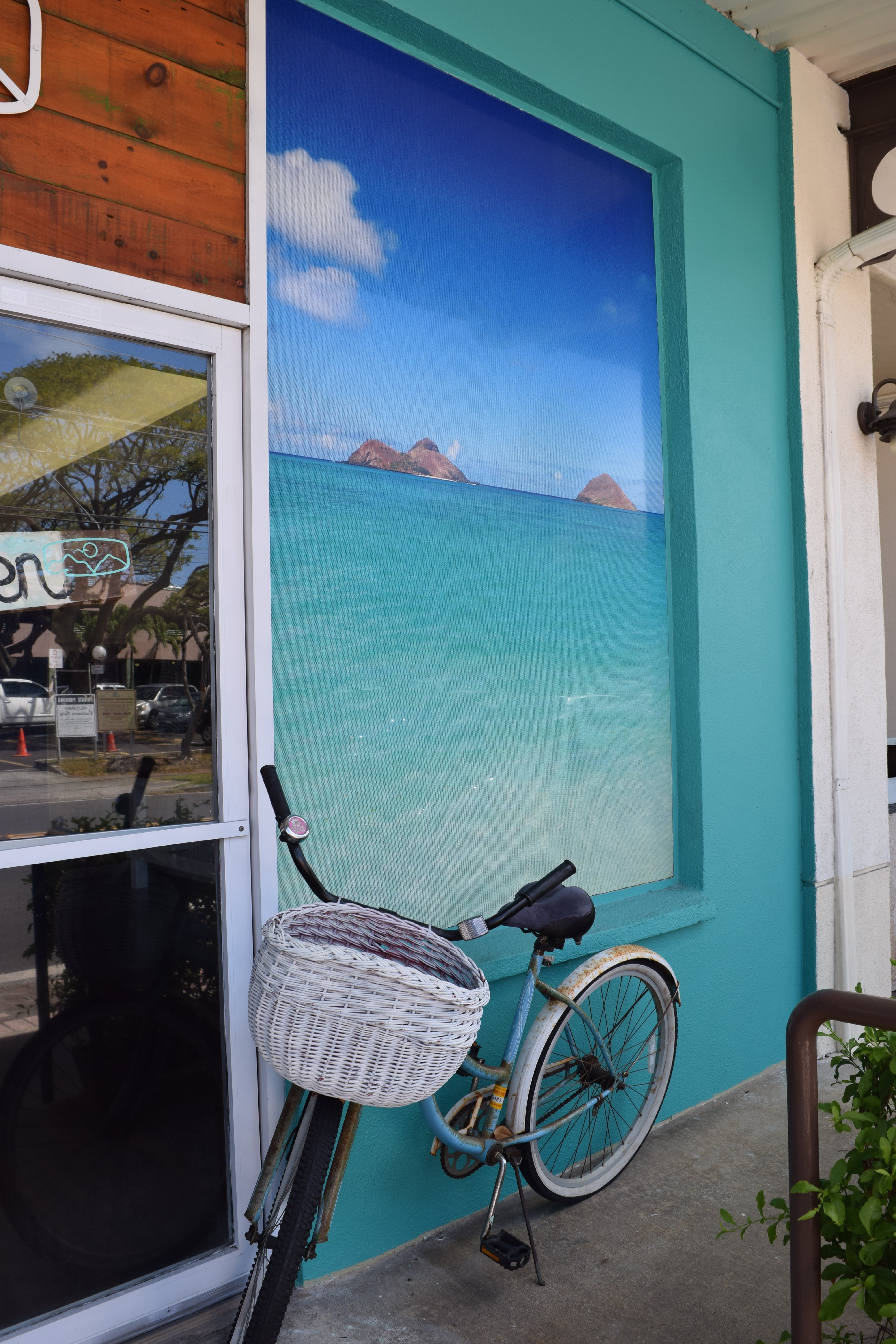 HOW TO SPEND A WEEKEND IN KAILUA | What to see, eat do and enjoy while on Oahu's east side in the beautiful beach town of Kailua! - Kailua Oahu Hawaii - Kailua Beach - Kailua Town - Kailua Weather - Kailua Restaurants - Kailua Shops - Weekend on Oahu - Oahu Travel Guide - Oahu Travel Blog - HomeAway Rentals In Kailua - #oahu #hawaii #travelblog #kailua
