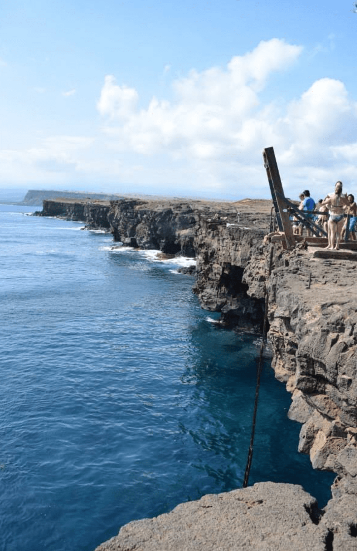 BEST FREE THINGS TO DO IN HAWAII | Free Hawaii Activities - What to do on Oahu for free - Free Activities on Oahu - Hawaii activities for free - Oahu vacation tips - Hawaii travel tips - #hawaii - Free things to do on Kauai - Free Things To Do On Big Island - Free Things To Do on Maui - Free Things to do on Lanai - #oahu #maui #hawaii #kauai #lanai #travelblog