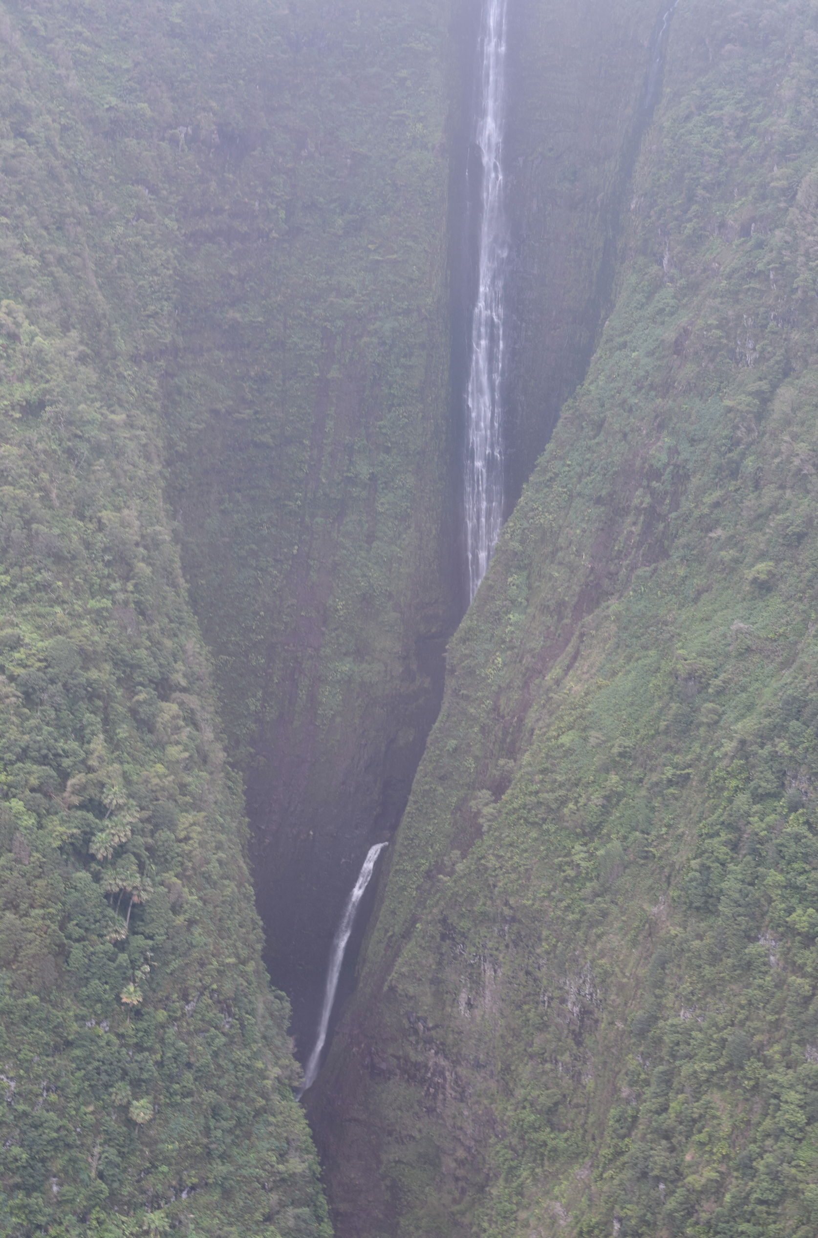 Molokai Waterfall - Blue Hawaiian Helicopters