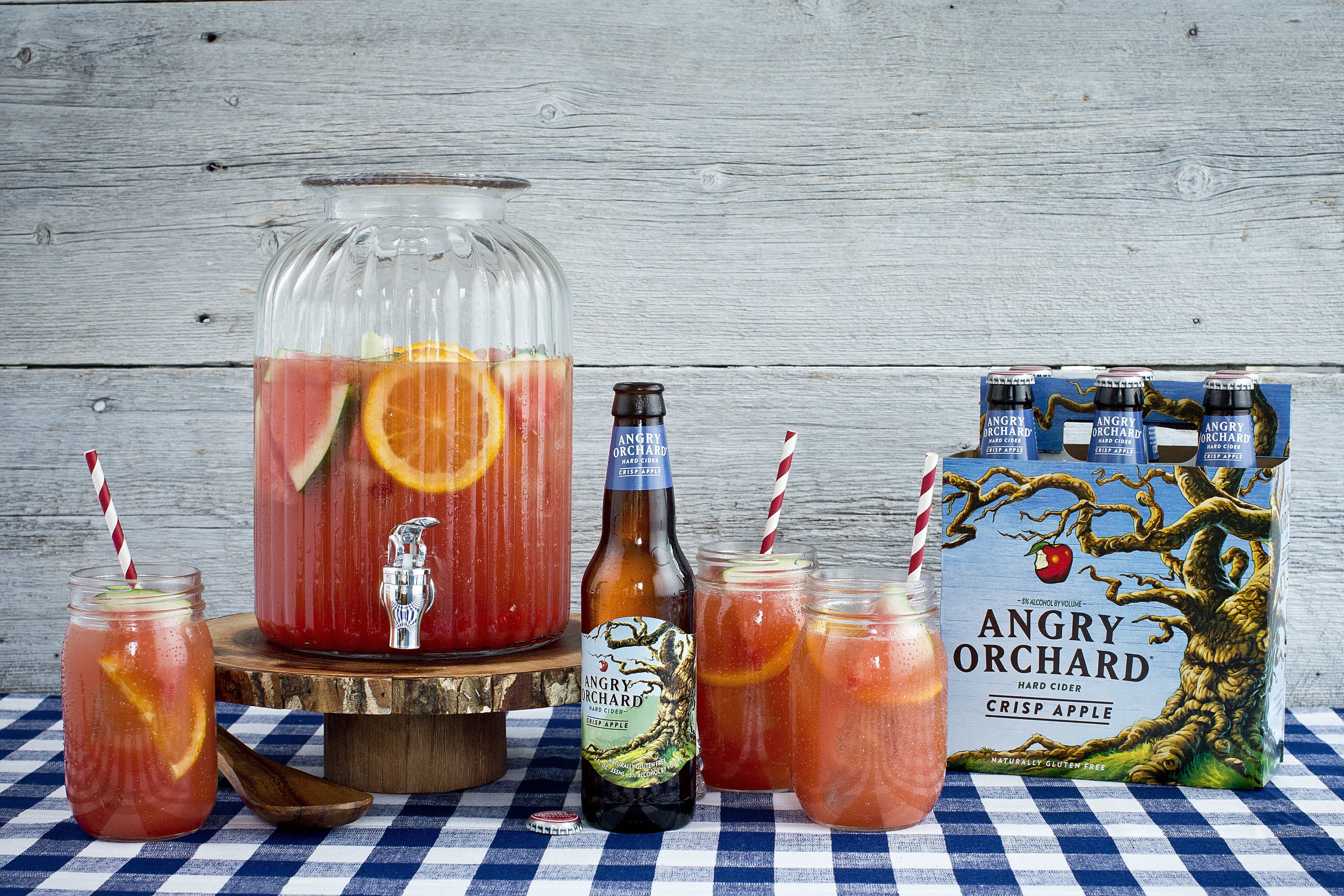 Angry On the Beach - A refreshing watermelon punch summer cocktail - Summer- Watermelon Punch - Communikait