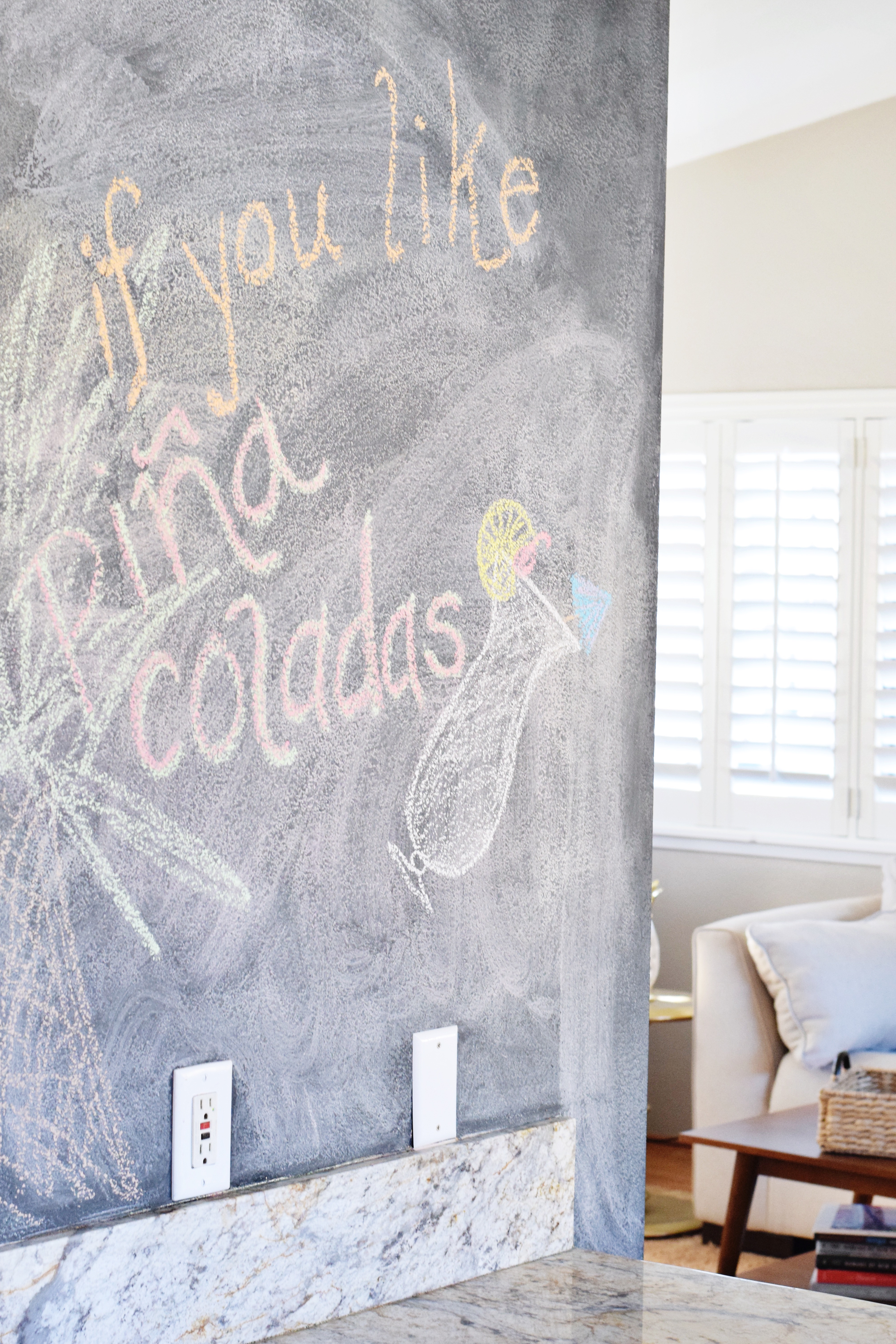 Tropical Kitchen - Chalkboard Wall - Hawaiian Home Feature on Apartment Therapy - CommuniKait