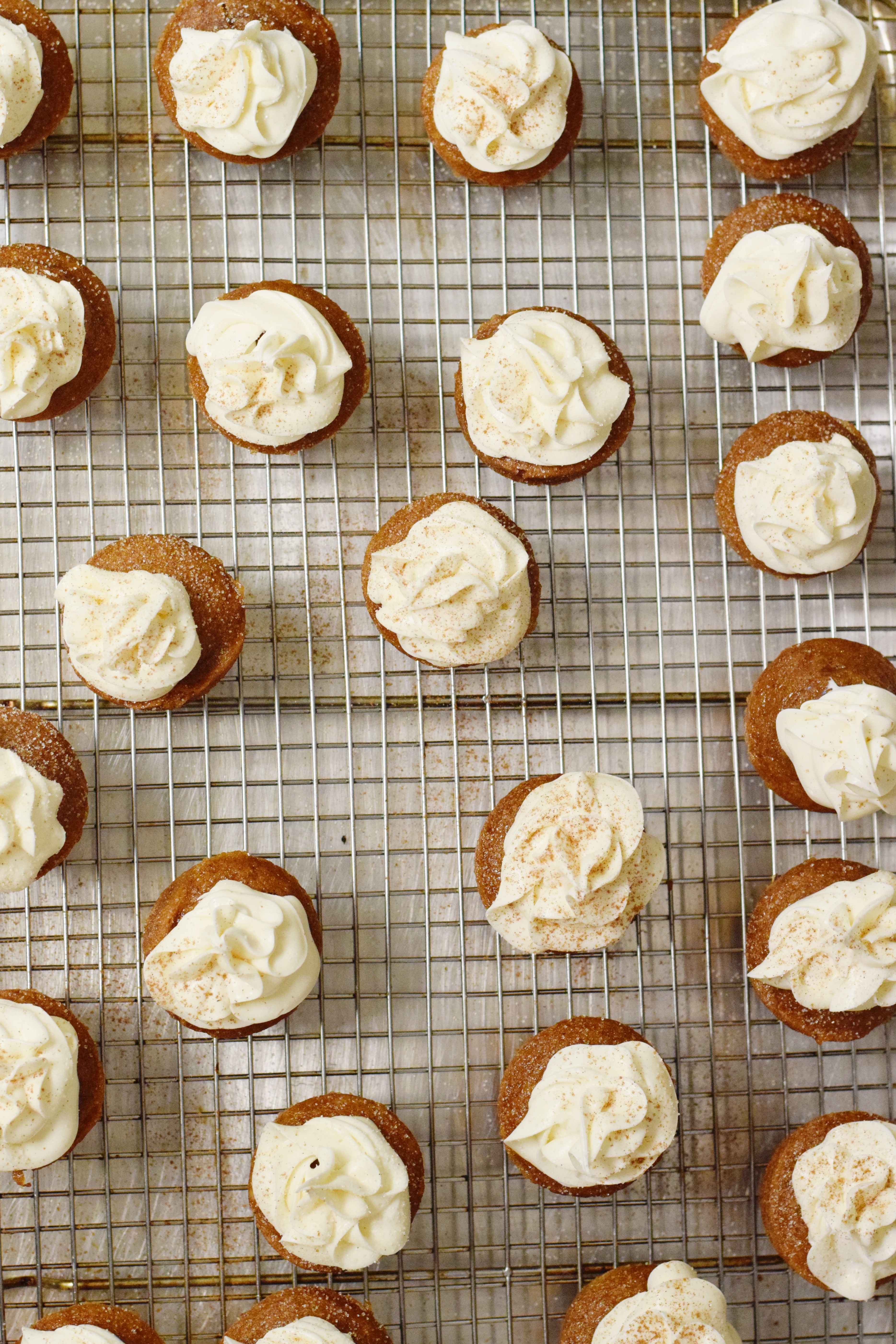 Gingerbread Mini Cupcakes - Holiday Desserts - Easy Gluten Free Dessert - Desserts For Christmas - Christmas Dessert - Mini Dessert Recipe - Communikait by Kait Hanson