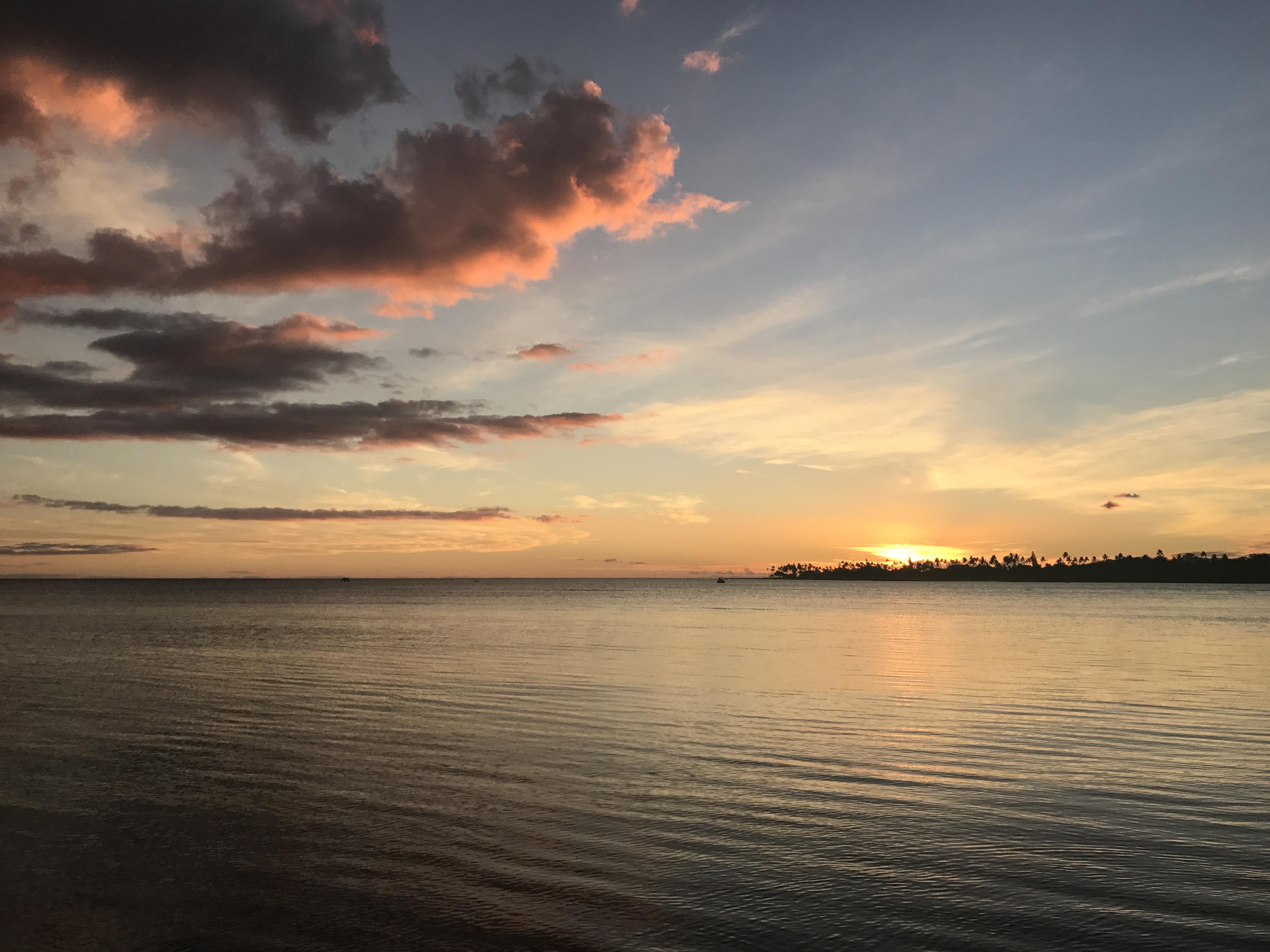 Oahu Sunset - Life Lately - Communikait by Kait Hanson