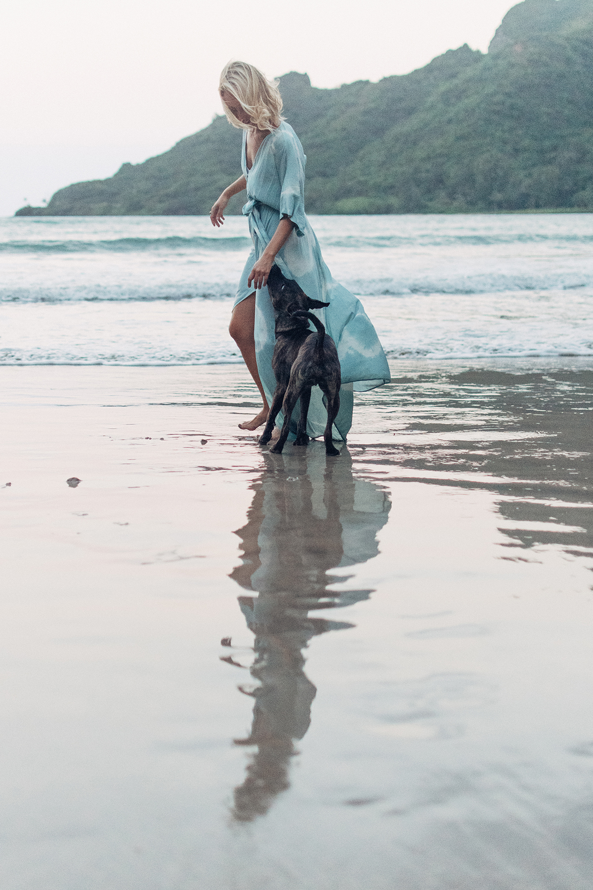 Sarah Caudle - - Loving Lately - Female Artist Edition - Hawaii Artists - Communikait by Kait Hanson