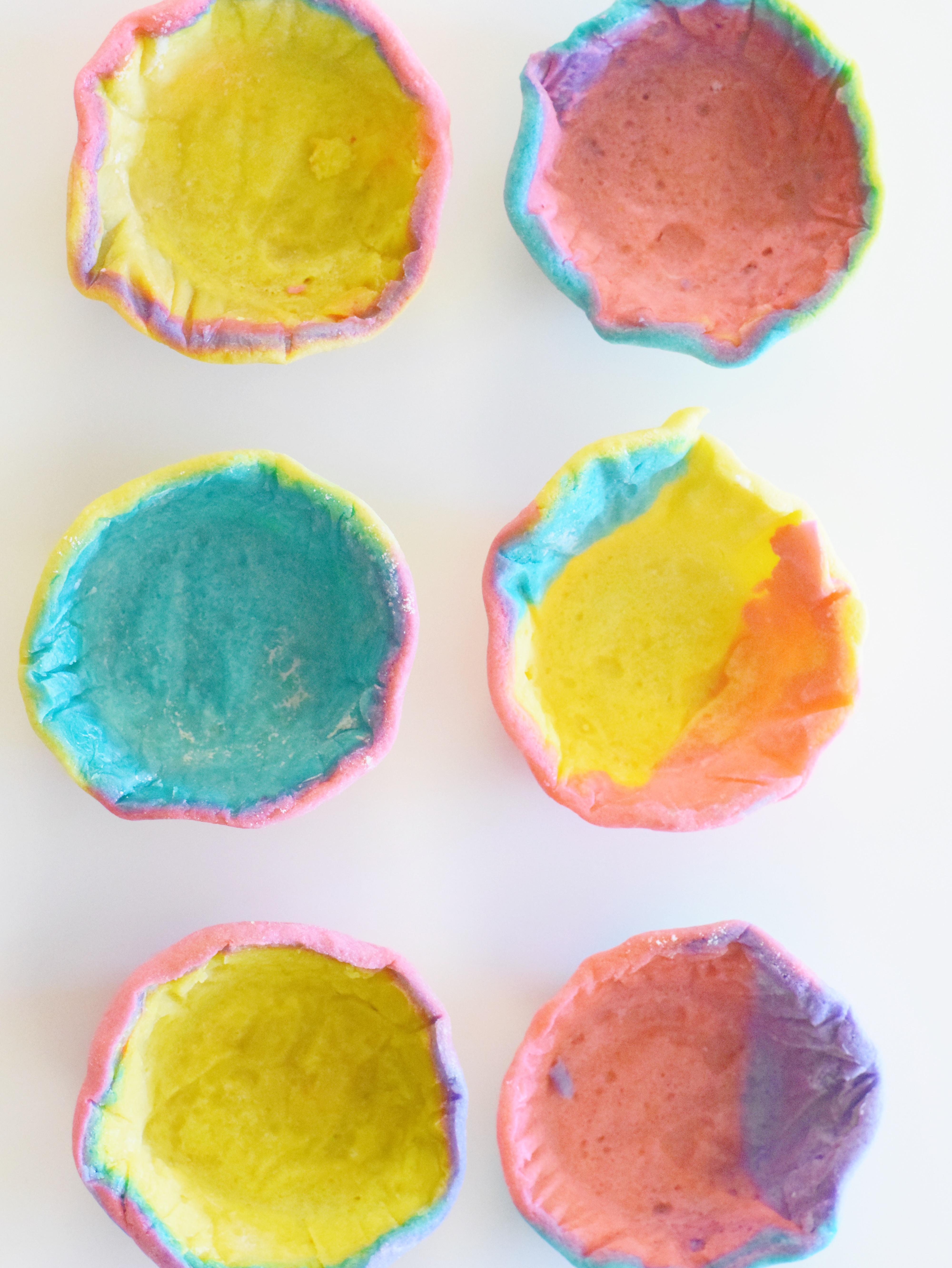 Rainbow Sugar Cookie Bowls - Rainbow Recipe - Cookie Dough Bowls - Easy Recipe For Kids - Dessert Ideas - Unicorn Party - Rainbow Dessert - Recipe - Communikait by Kait Hanson