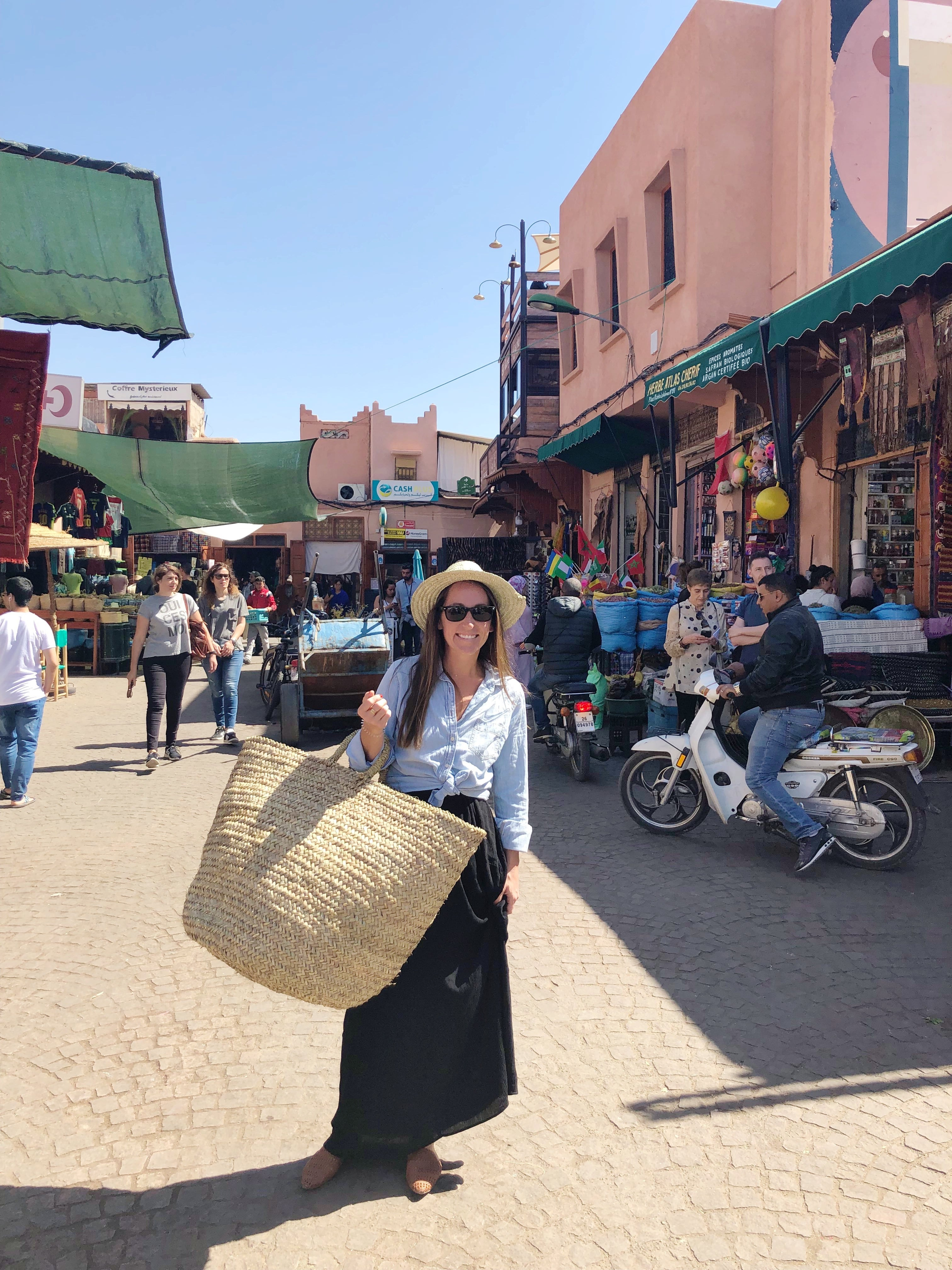 SHOPPING IN MOROCCO - A quick guide for what to buy and how to get the best deal in Morocco! | Shopping in Morocco - Morocco shopping guide - Morocco Shopping Guide - Cools Things To Buy In Morocco - Morocco Market Prices - Morocco Souks - Shopping in Marrakech - Shopping In Fes - Shopping Prices In Morocco - Rug Shopping Morocco - Leather Shopping Morocco - Prices In Morocco - #morocco #travelblog #marrakech #fes #travel