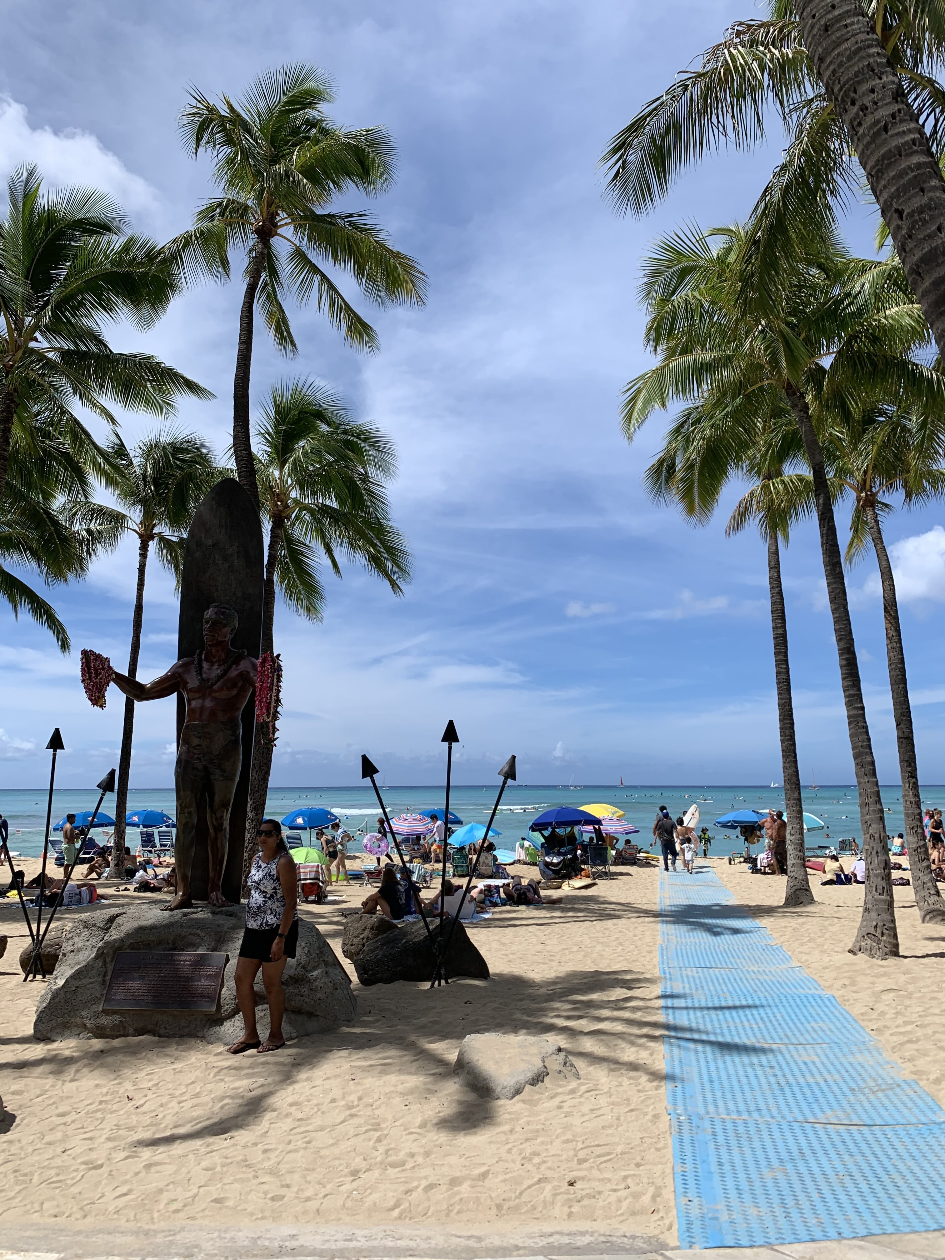 Duke Statue Honolulu - Waikiki Beach