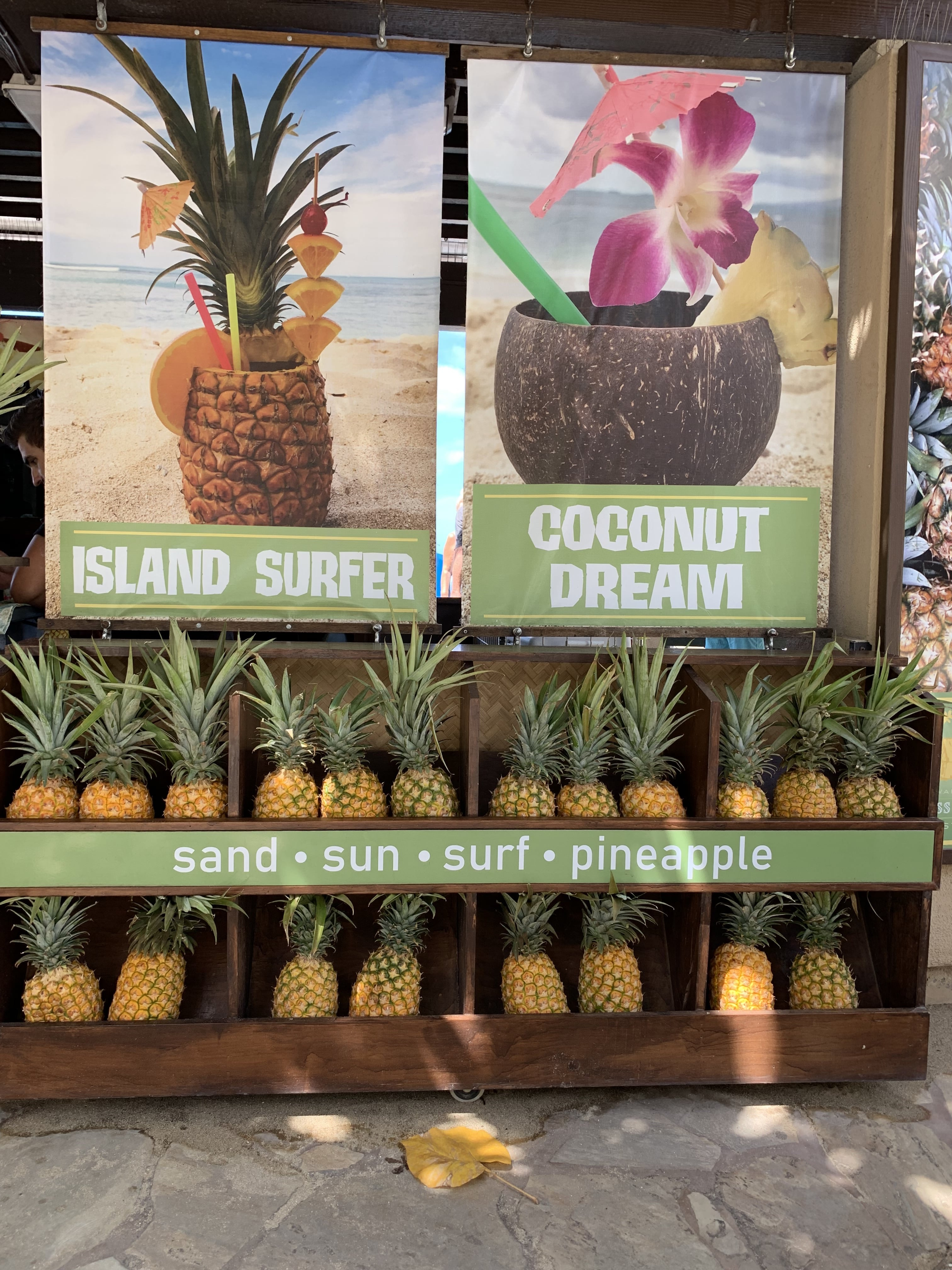 Fruit Juice Tiki Bar - Honolulu, Waikiki Beach
