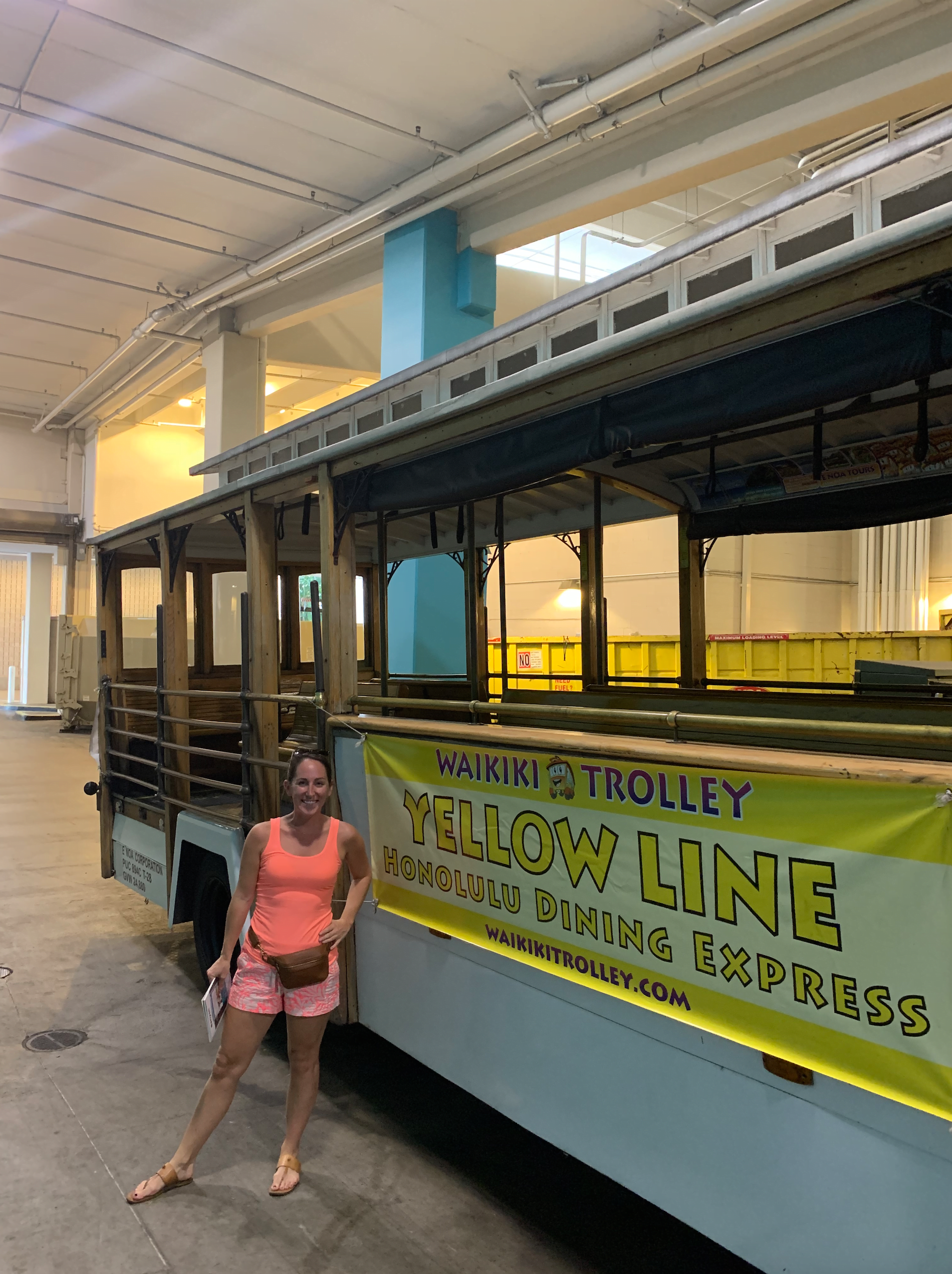 Waikiki Trolley Yellow Line