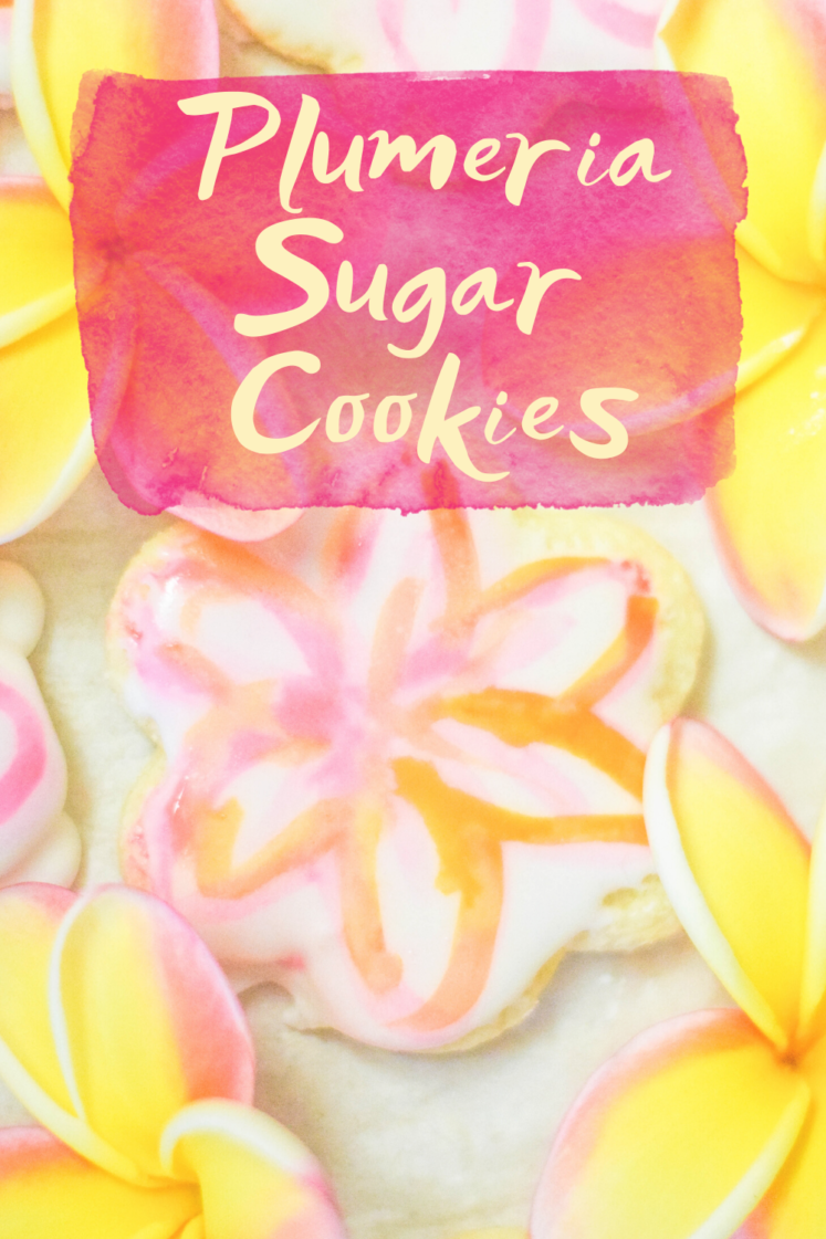 Plumeria Painted Cookies - Looking for an easy tutorial for painted cookies? Check out these delicious plumeria painted sugar cookies! |Painted Cookies - Hand Painted Sugar Cookies - How To Paint Sugar Cookies With Food Coloring
