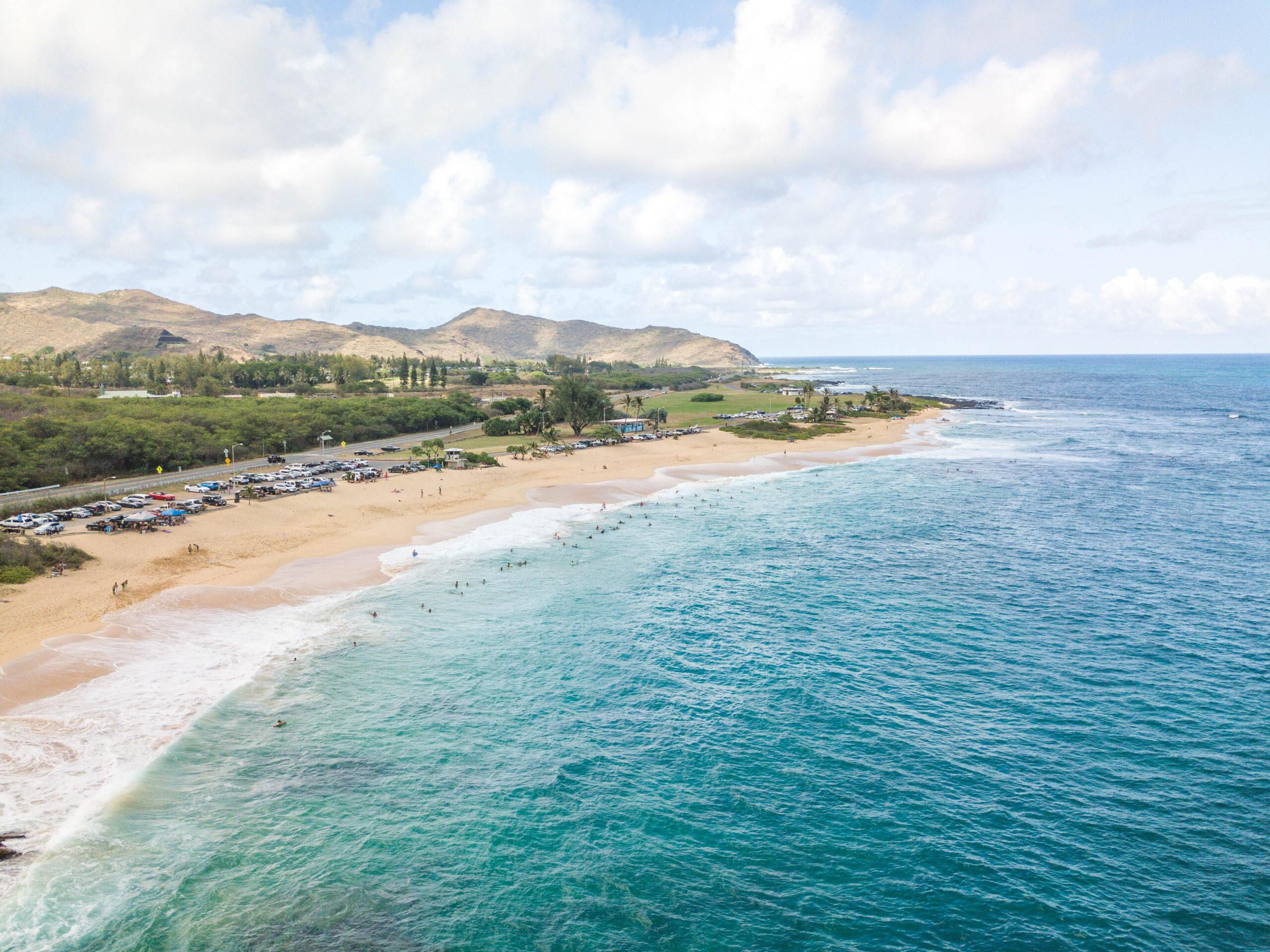 Birds-eye-view of Oahu coastline