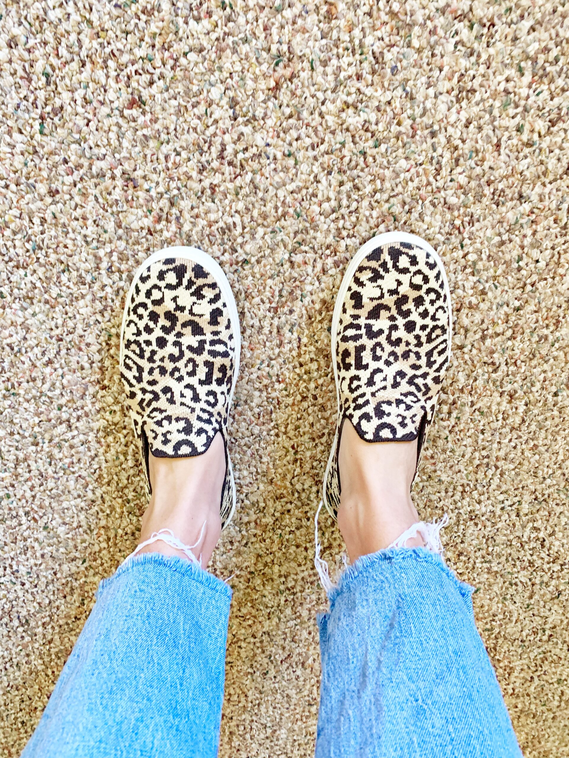 ROTHY'S SHOES - Considering a pair of Rothy's Shoes? Today I'm sharing all the details about the #1 question I get: Are Rothy's are worth it? | Rothys Shoes - Rothys Sneakers - Rothys Coupon - Rothys Discount Code - How to wash Rothys