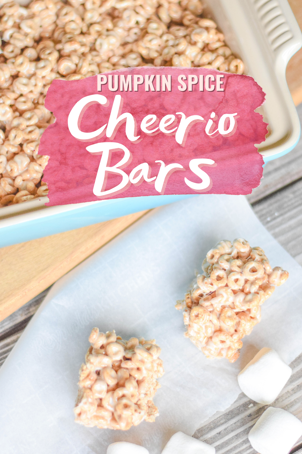 Pumpkin Spice Marshmallow Cheerio Bars - A delicious fall twist on the classic marshmallow treat using Pumpkin Spice Cheerios! | Marshmallow cereal bars - Cheerio Marshmallow Bars - Cheerio Bars - Cheerio treats - Cheerio bars recipe