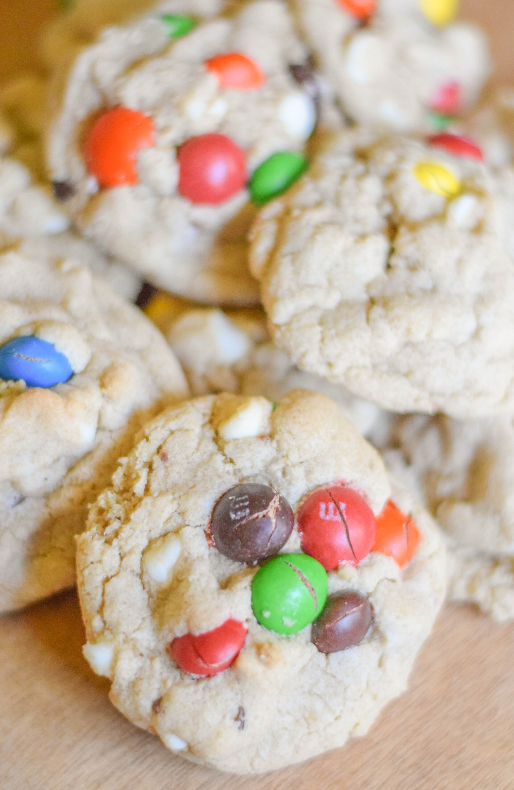 What's Gaby Cooking's Kitchen Sink Cookies - Looking for a delicious cookie recipe to try? Look no further than What's Gaby Cooking's Kitchen Sink Cookies!
