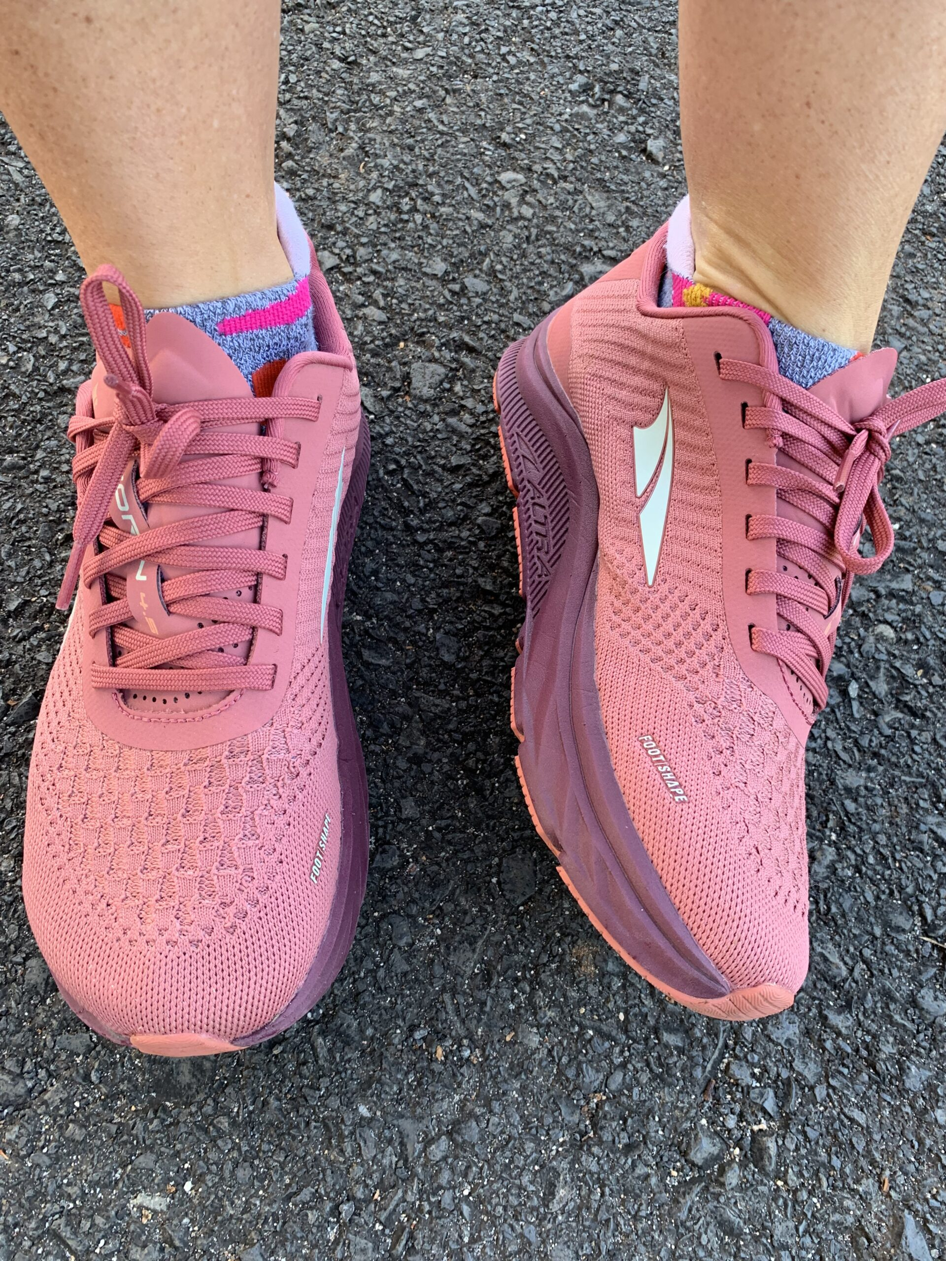 My Thoughts On Altra Running Shoes - Are you considering a pair of Altra running shoes? Here are my honest thoughts!   Altra Running Shoes Women - Altra running -Altra sneakers - Altra footwear - Zero drop sneakers