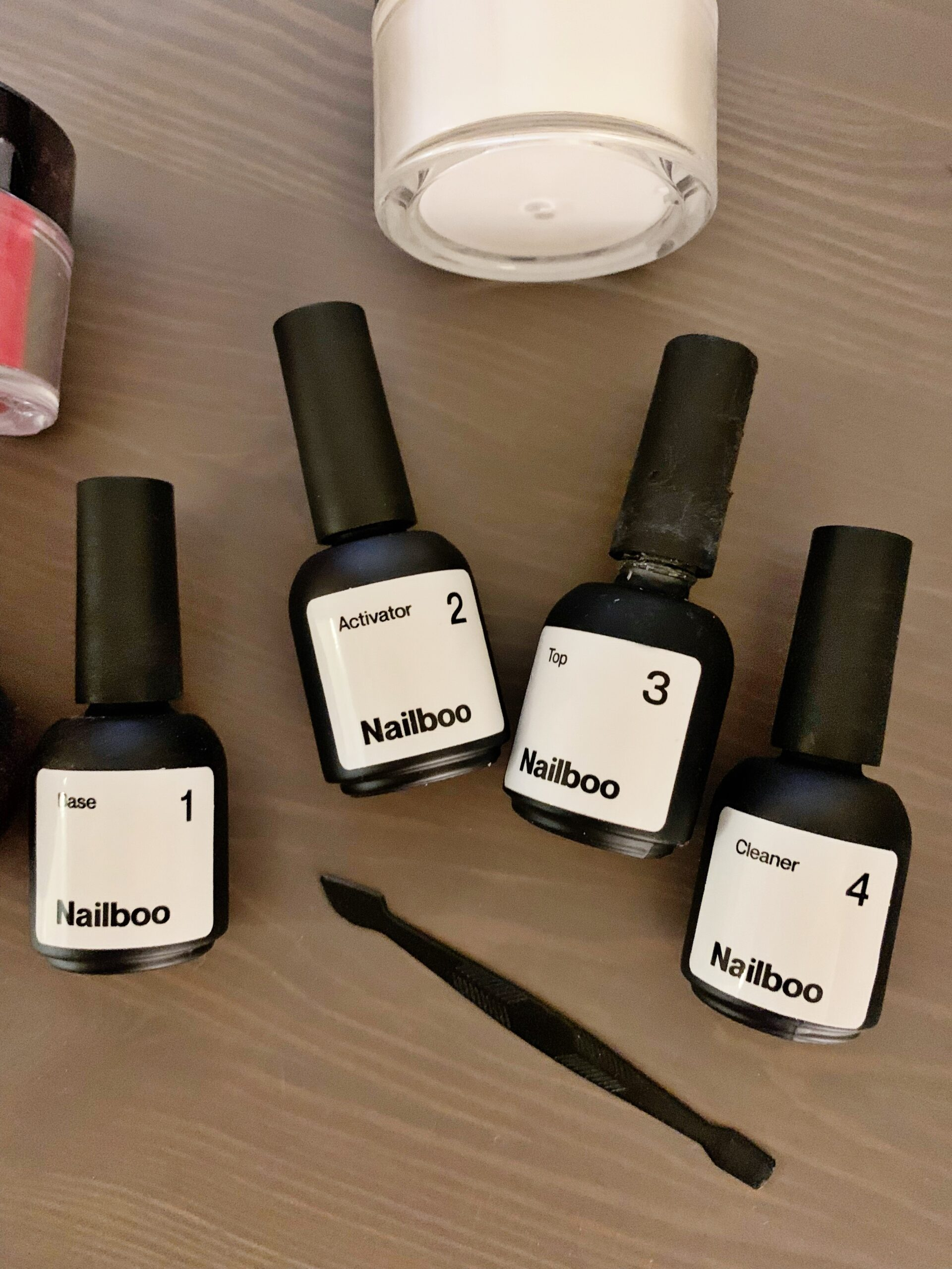 Nailboo Review: At Home Nail Dip Kit - Have you been considering doing dip nails at home? Today I'm sharing my full Nailboo review! | Nailboo Review | Nailboo Dip Kit | Nailboo Reviews | At Home Dip Kit