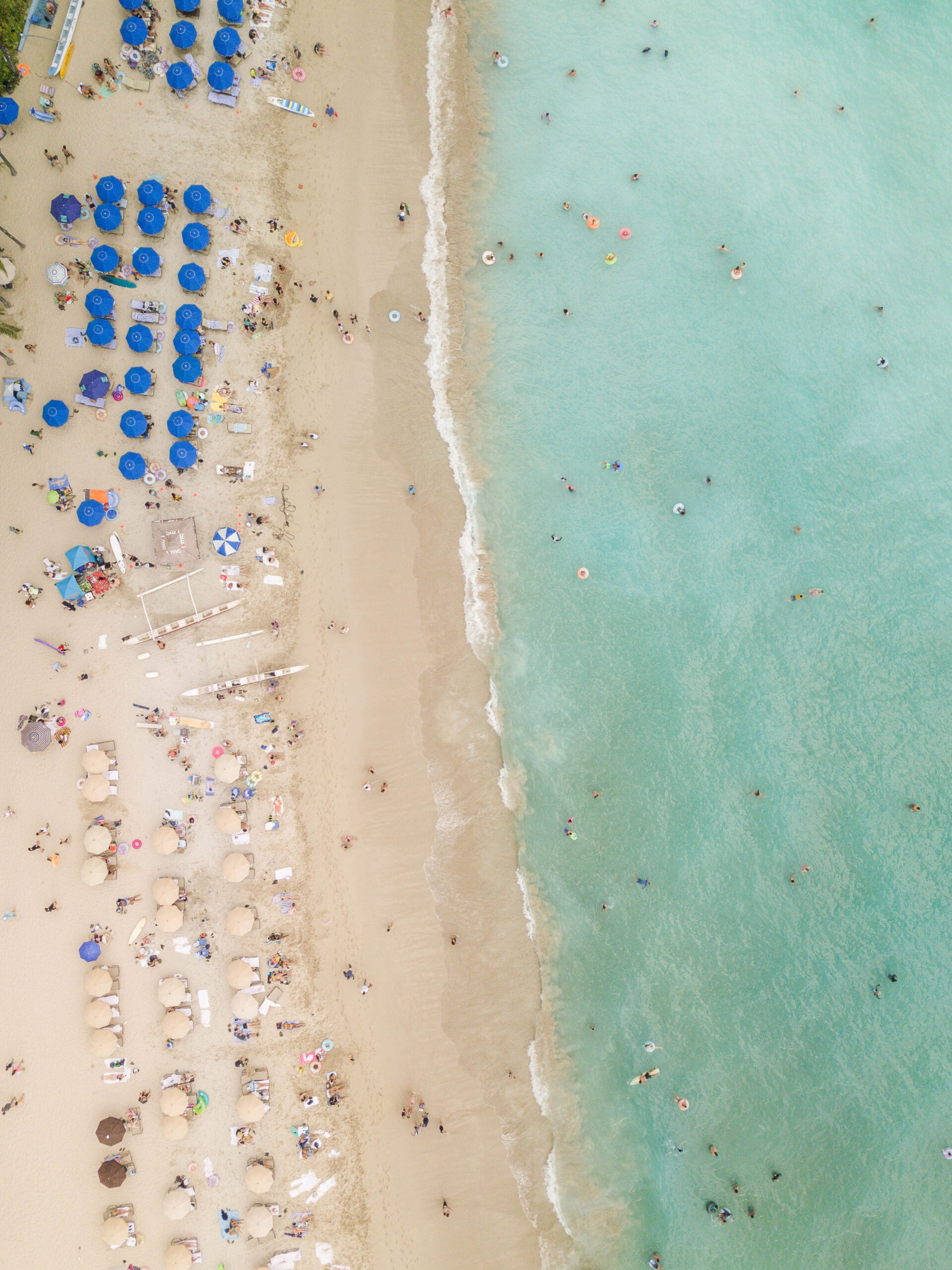 Waikiki Hawaii Photo Diary - Dreaming of Waikiki Beach on Oahu? Here are some colorful aerial Hawaii photos for an instant tropical vacation!   Waikiki Beach Oahu   Outrigger Waikiki Beach Resort   Aston Waikiki Beach Hotel   Waikiki Beach Honolulu   Hawaii Photos   Aerial Photography